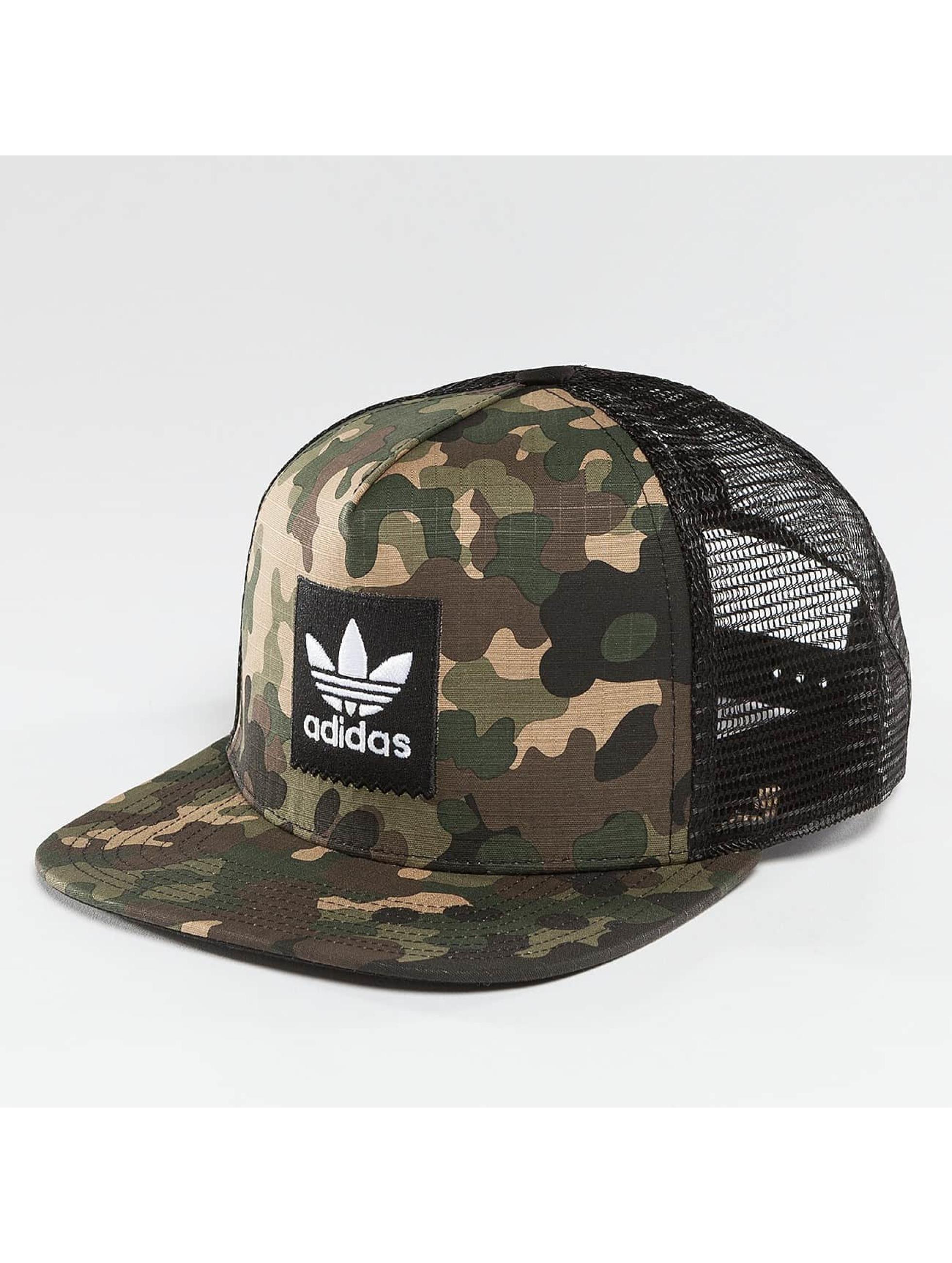 adidas / Trucker Cap Camo in camouflage