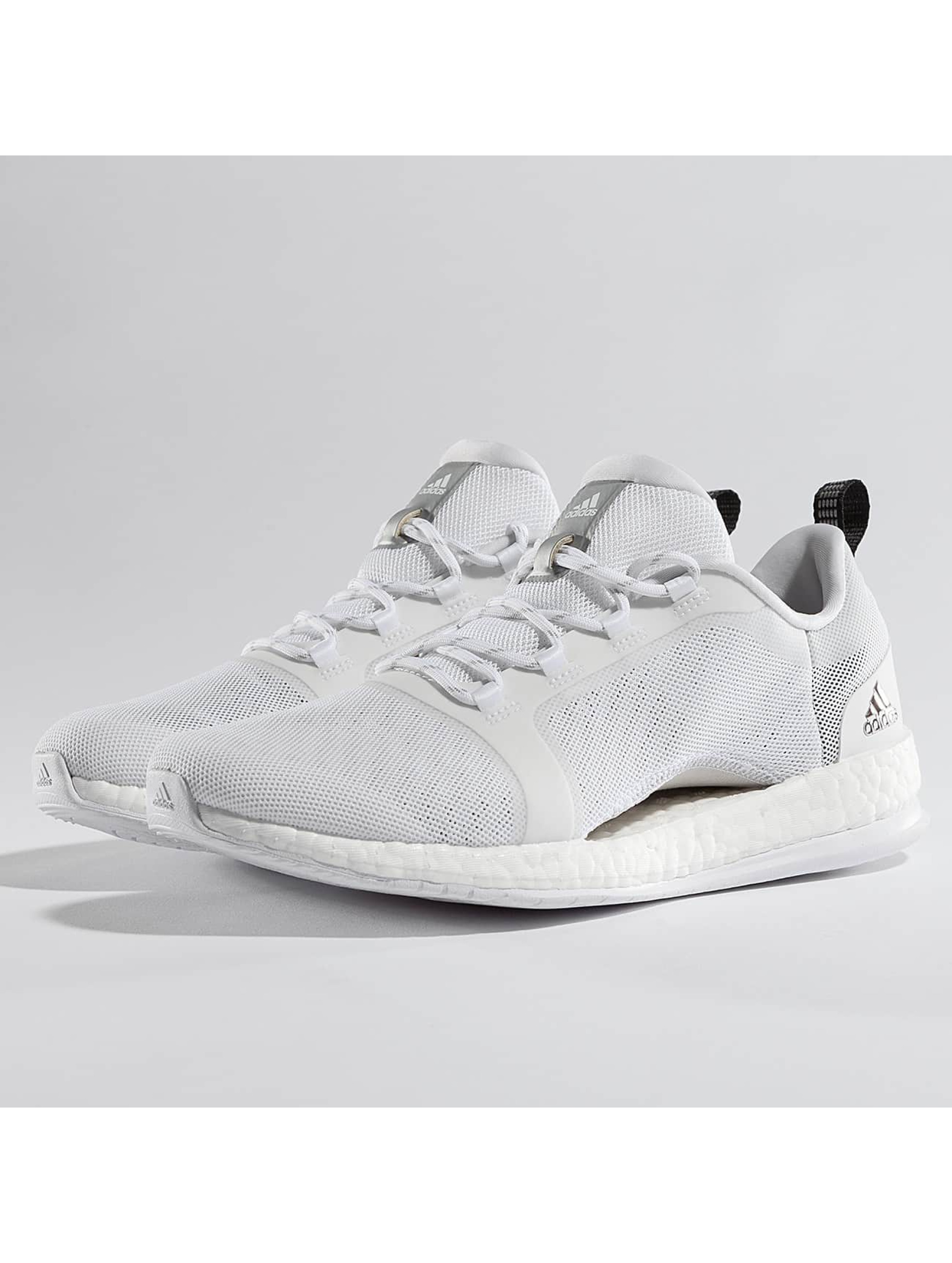 adidas Performance Frauen Sneaker Pure Boost X TR 2 Sneakers in weiß