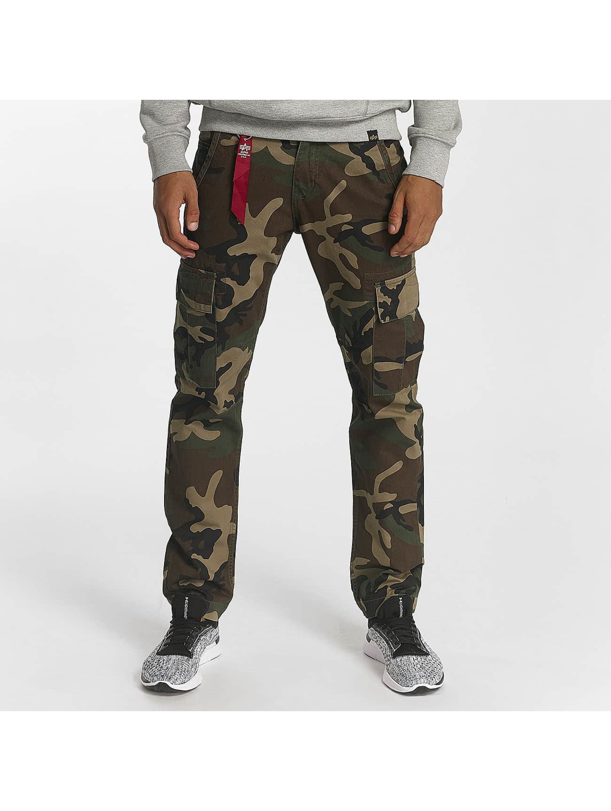 Alpha Industries Männer Cargohose Agent C in camouflage