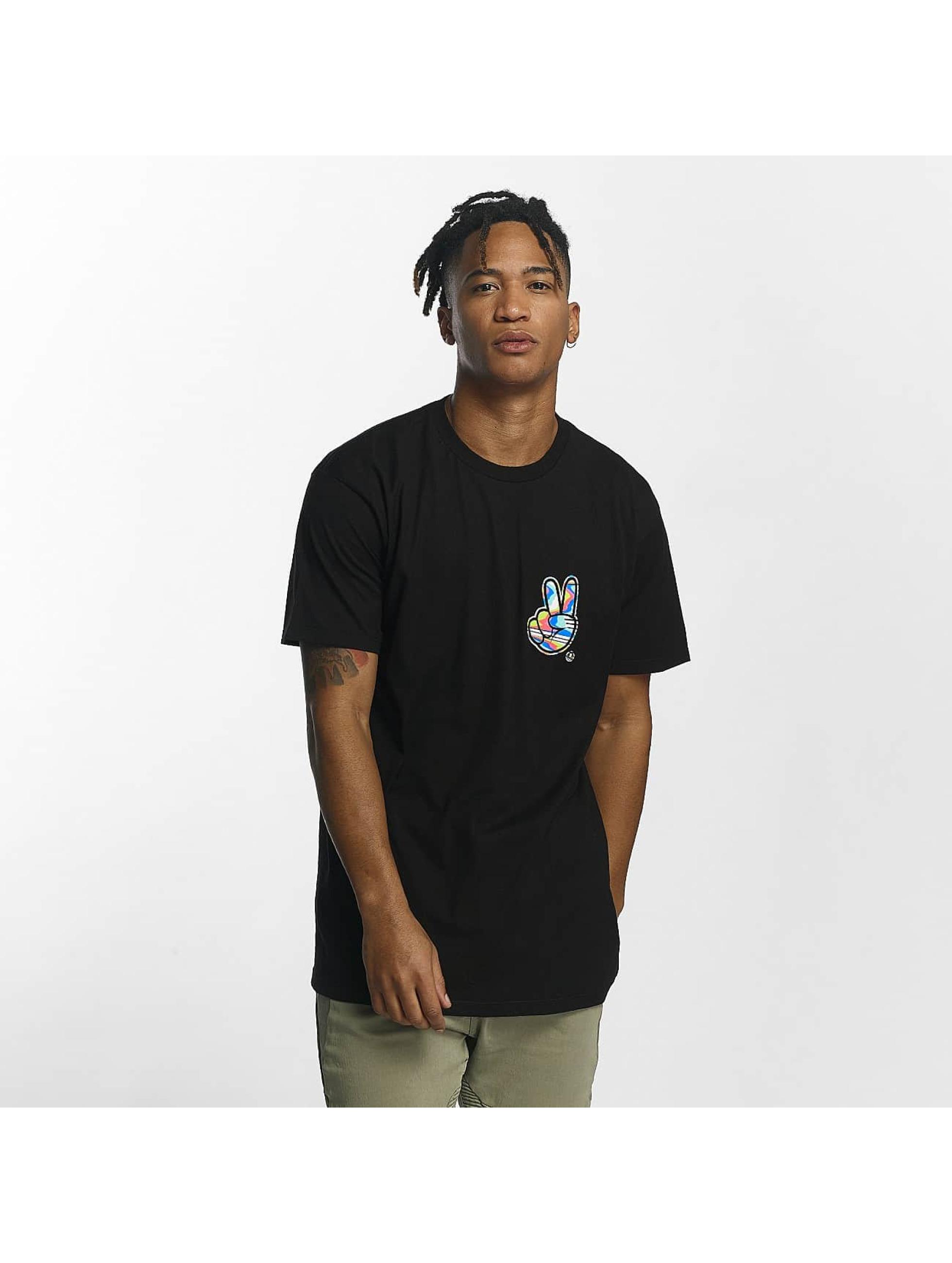 NEFF Männer T-Shirt Peece Scallop in schwarz