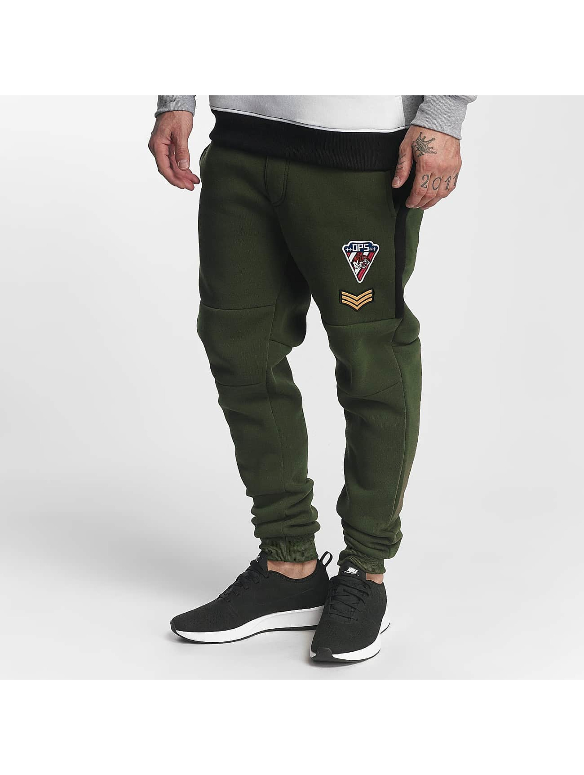 Southpole Männer Jogginghose Patch in olive