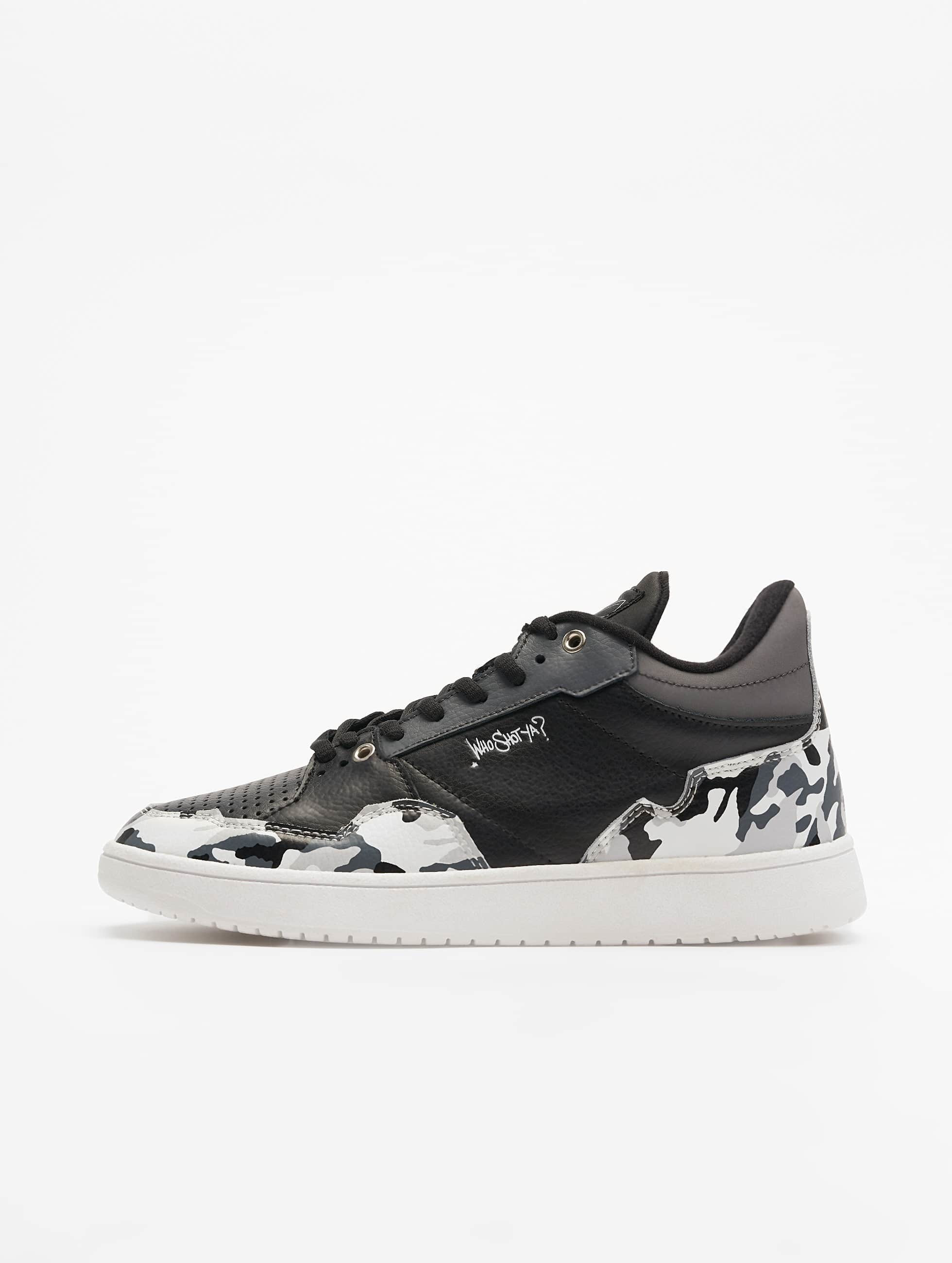 Who Shot Ya? / Sneakers Camo in black 46