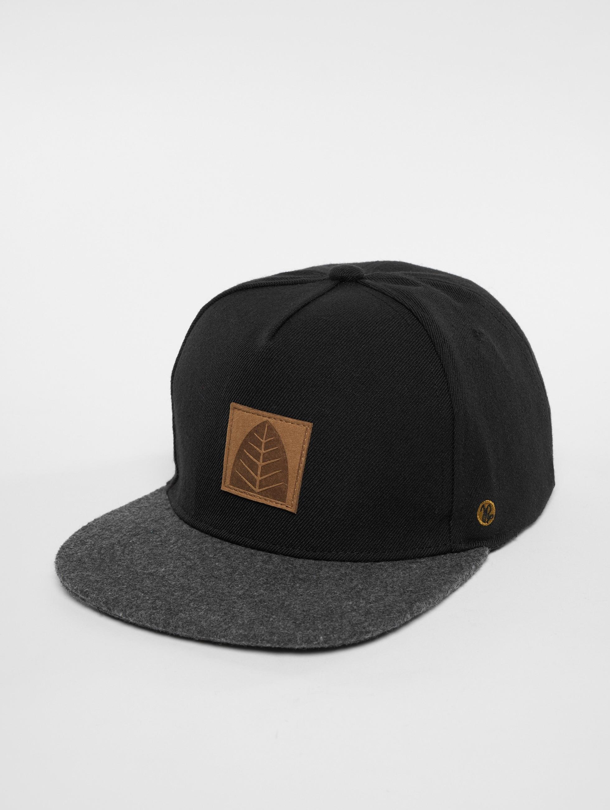 Just Rhyse / Snapback Cap La Guardia in black One Size