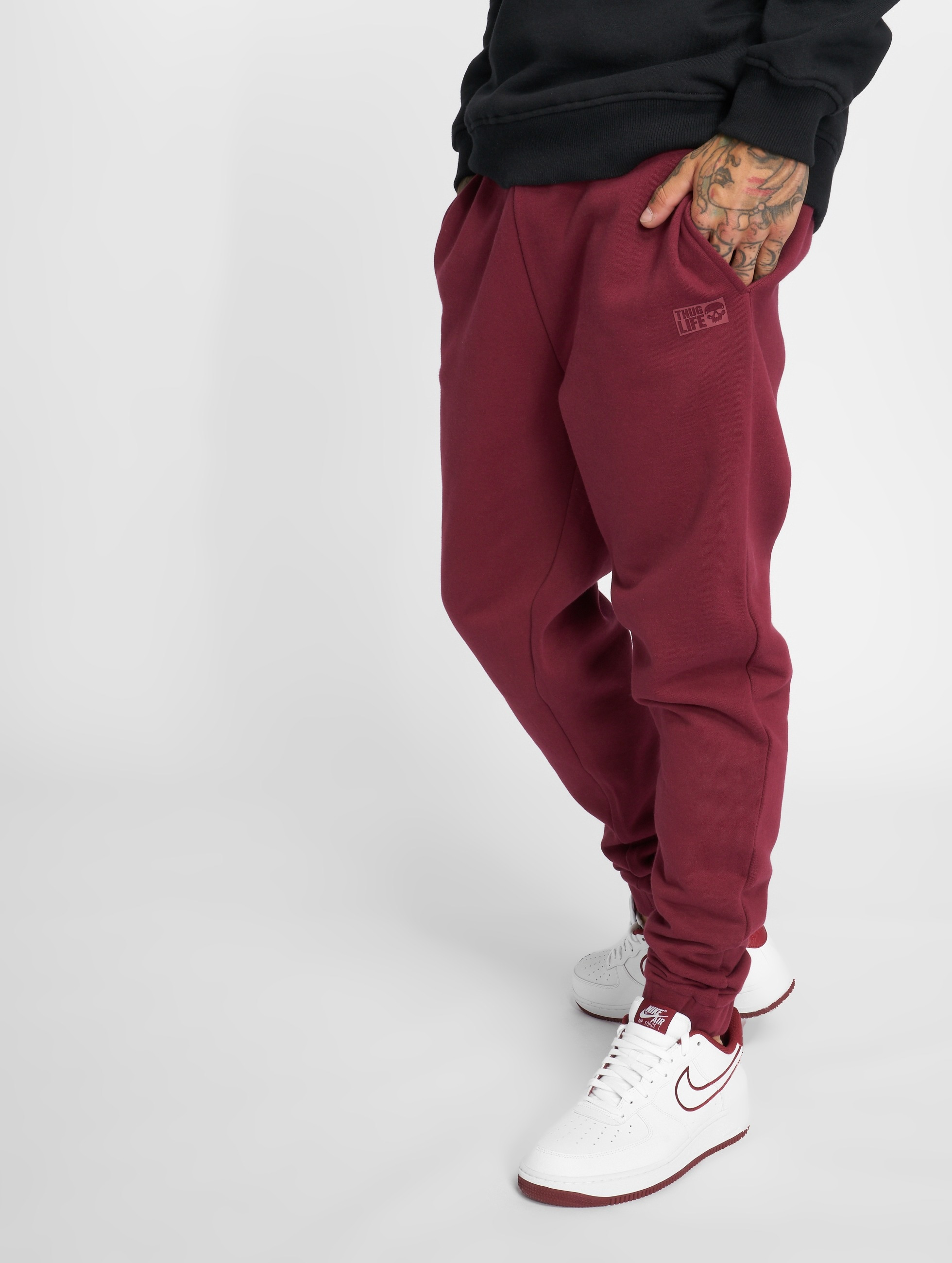 Thug Life / Sweat Pant Avantgarde in red M