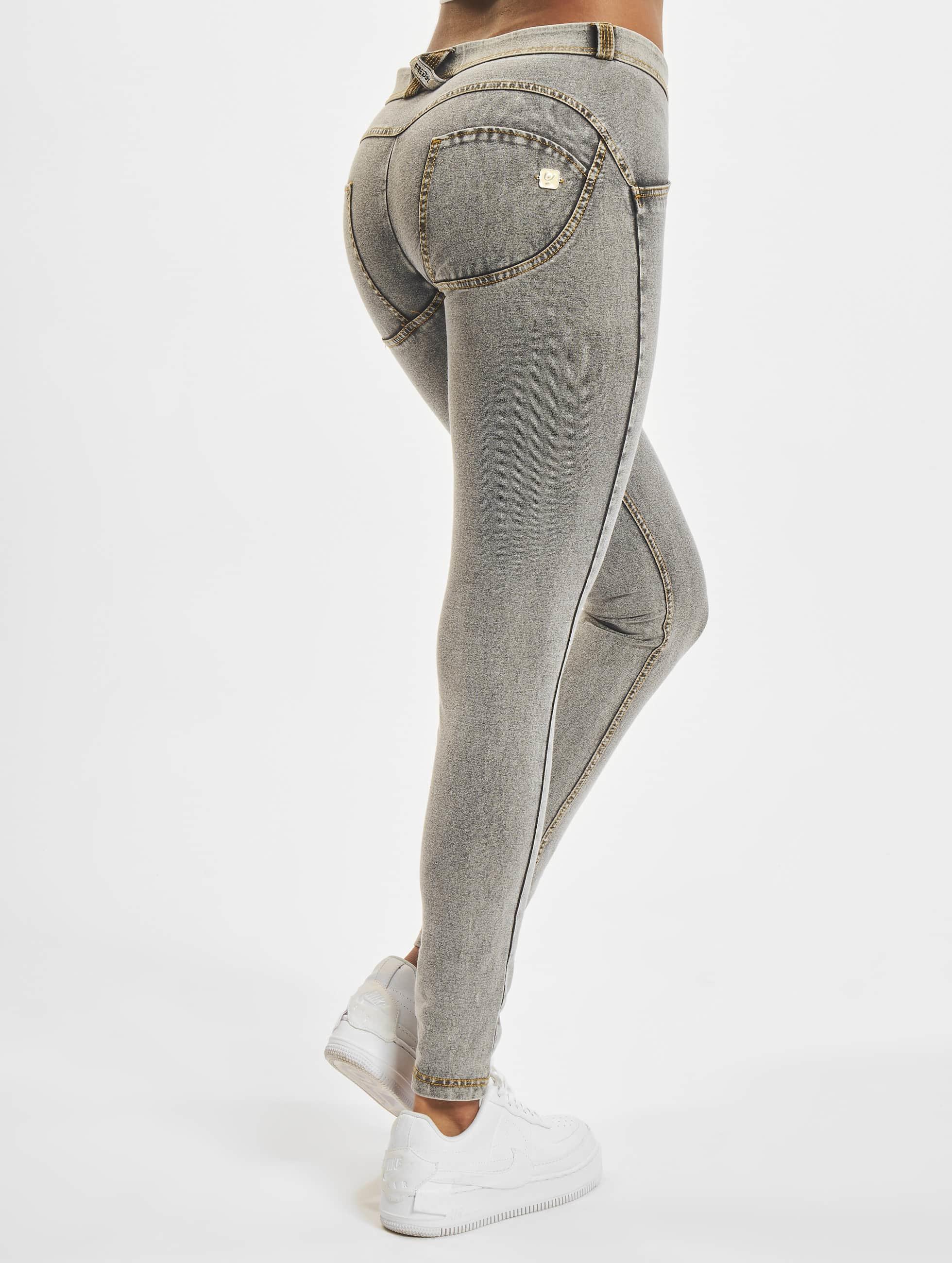 Freddy Frauen Skinny Jeans Regular Waist in grau