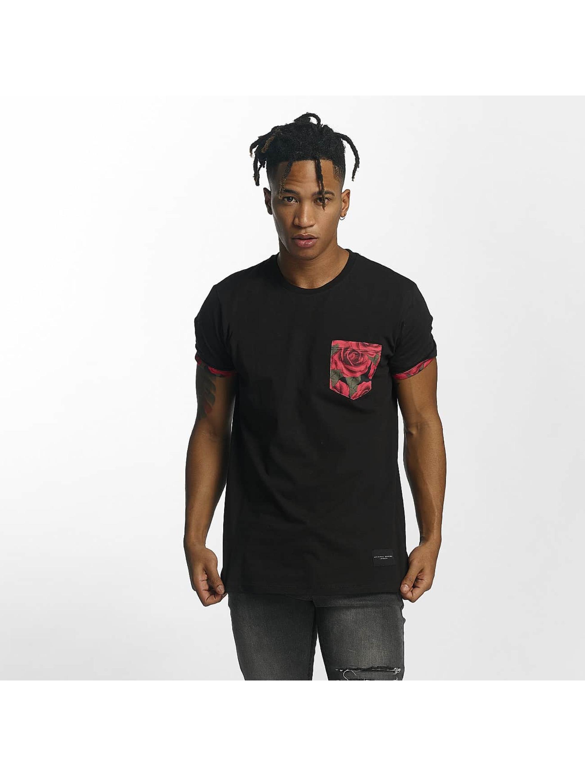 Criminal Damage Männer T-Shirt Vale Pocket in schwarz