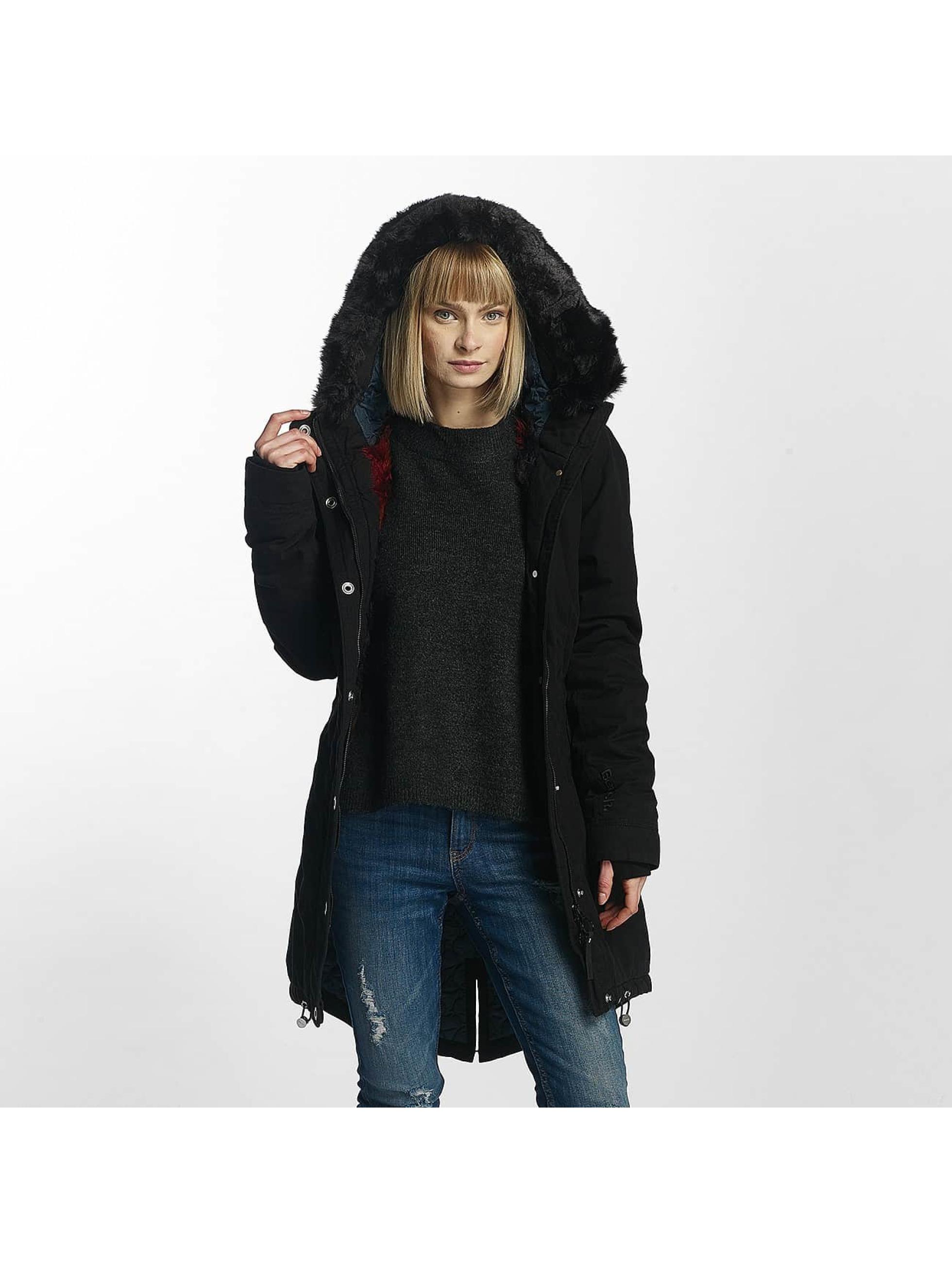 Bench Frauen Winterjacke New in schwarz