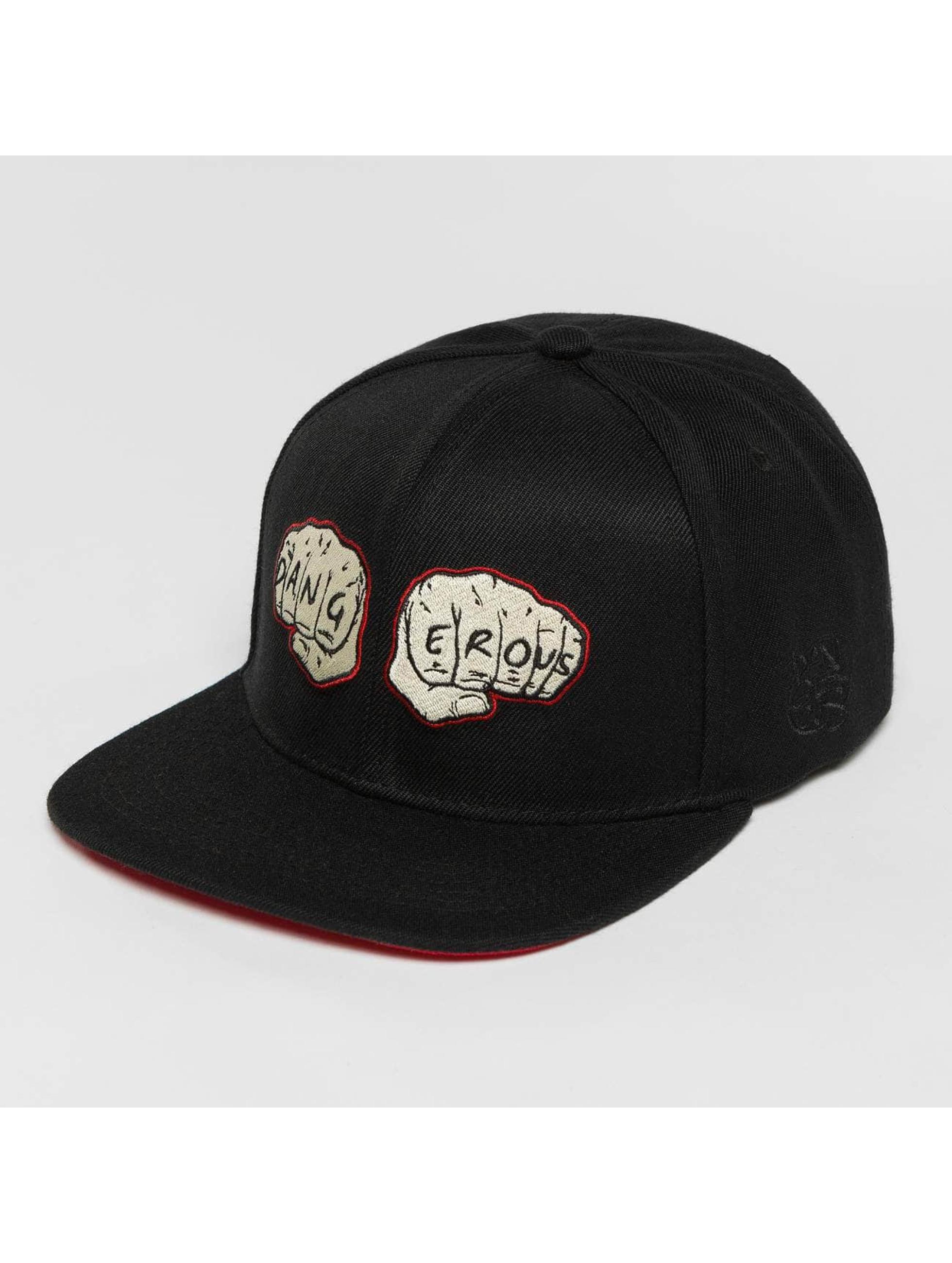 Dangerous DNGRS / Snapback Cap Fists in black Adjustable