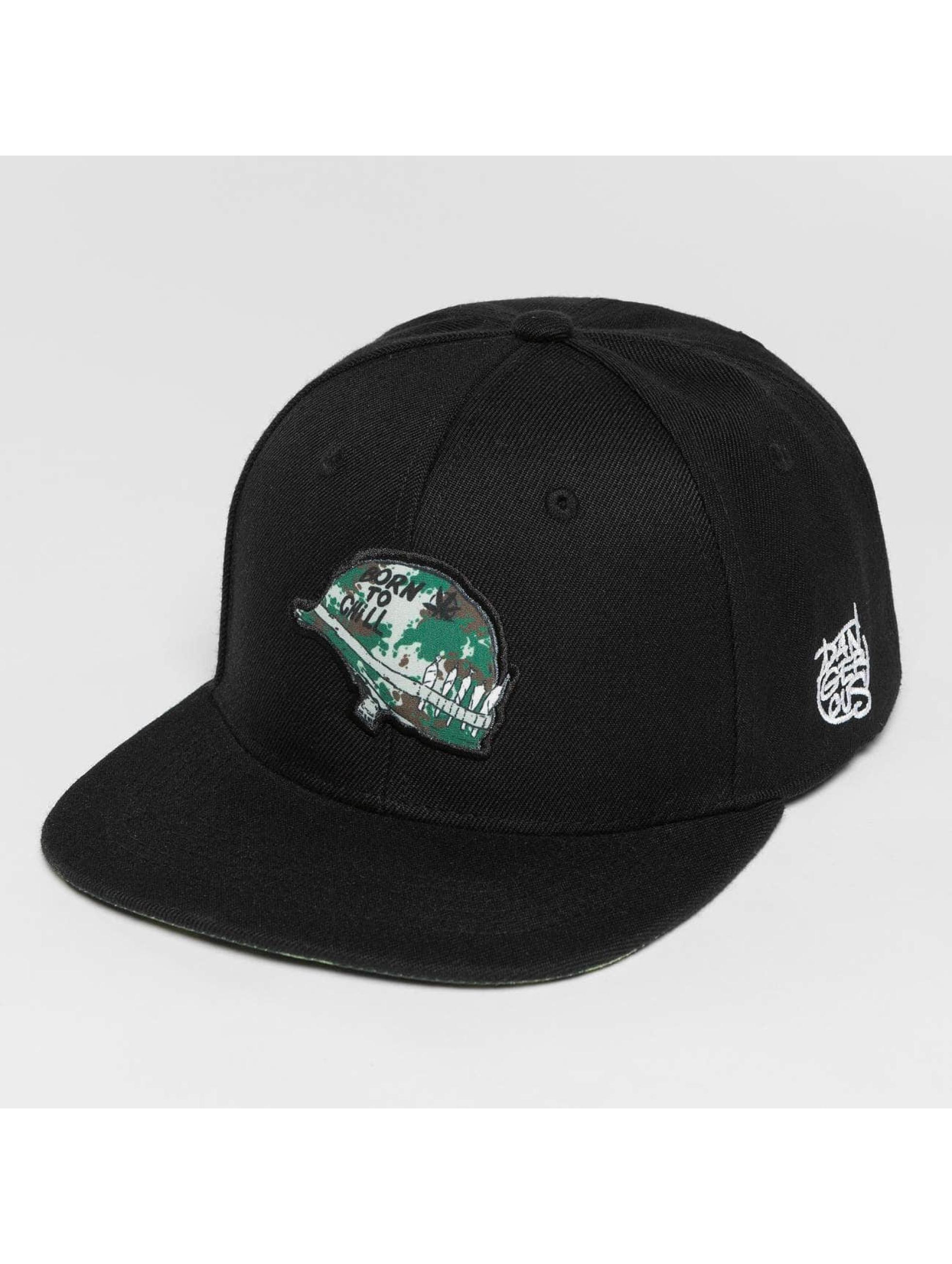 Dangerous DNGRS / Snapback Cap Born2Chill in black Adjustable