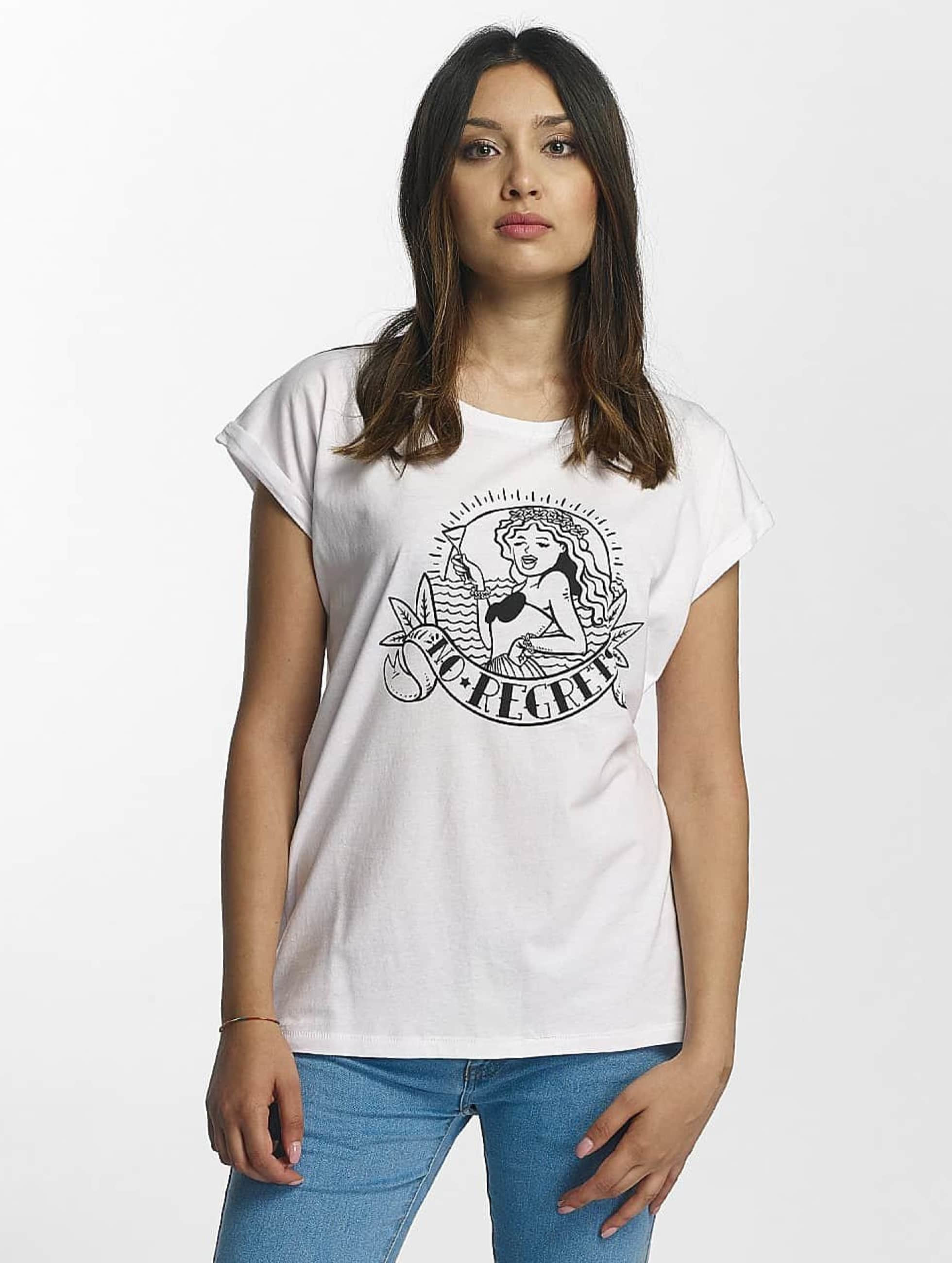 Mister Tee Frauen T-Shirt No Regrets in weiß