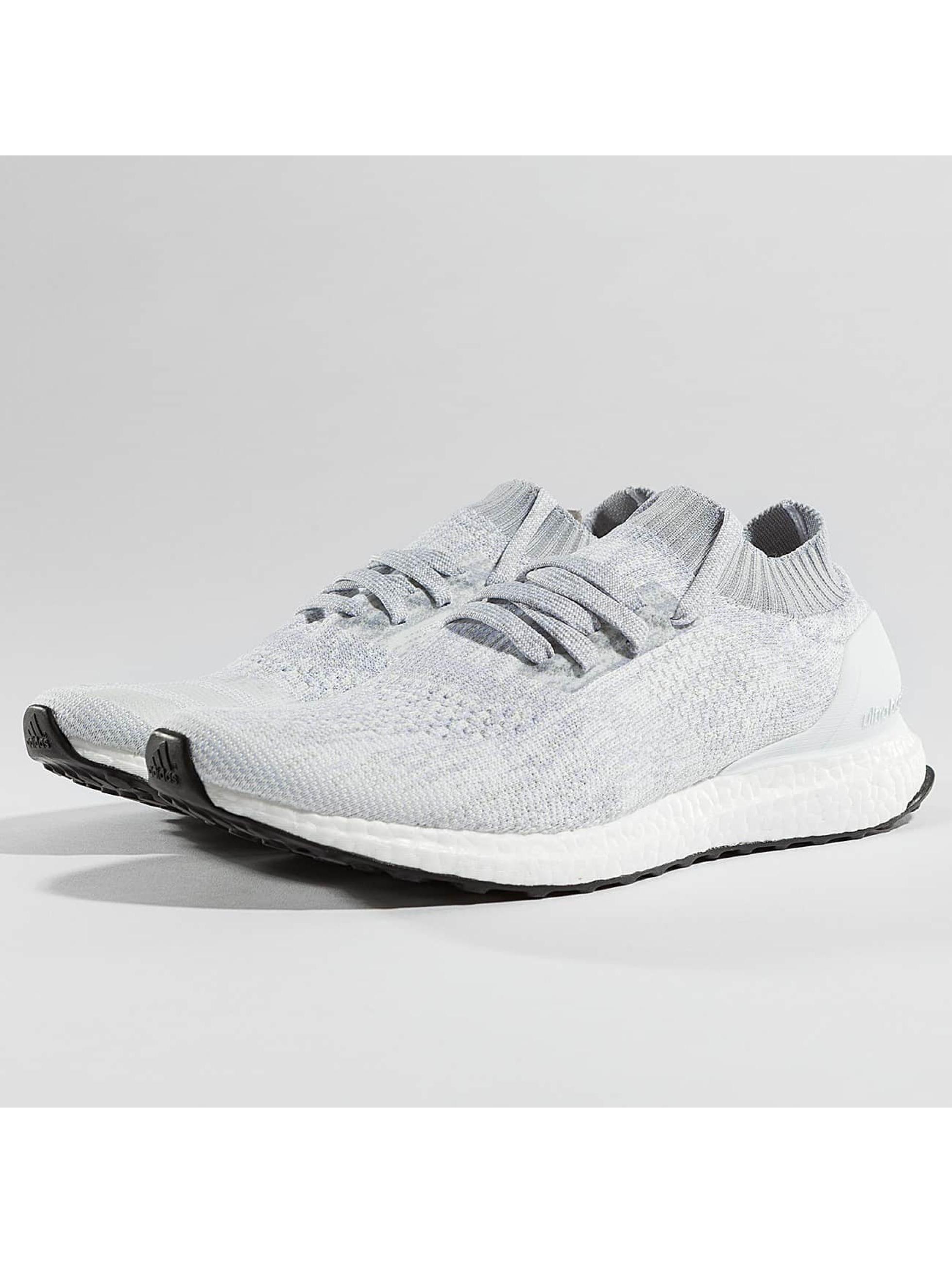 adidas Männer Sneaker Ultra Boost Uncaged in weiß