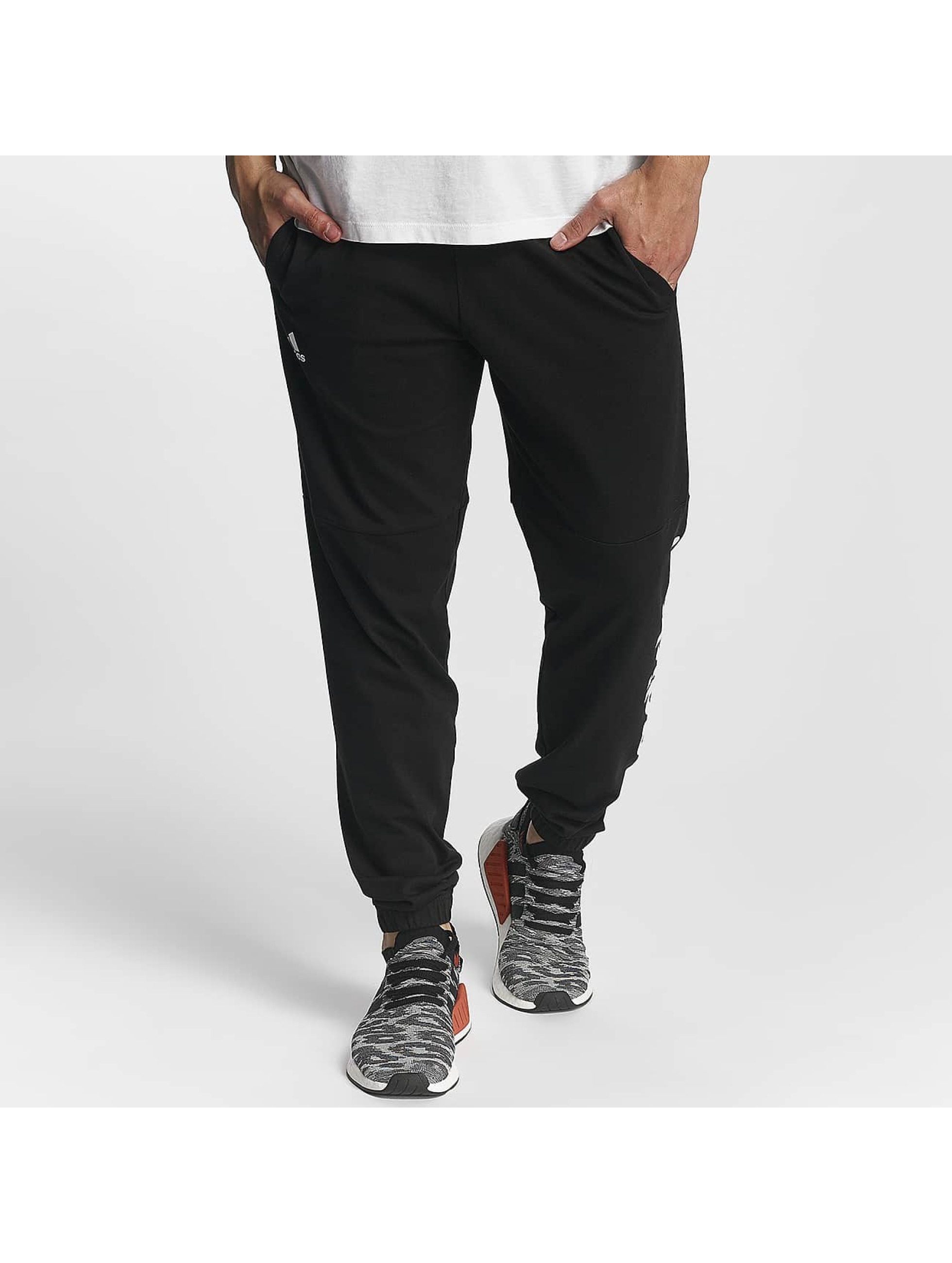 adidas Performance Männer Jogginghose Essentials Linear in schwarz