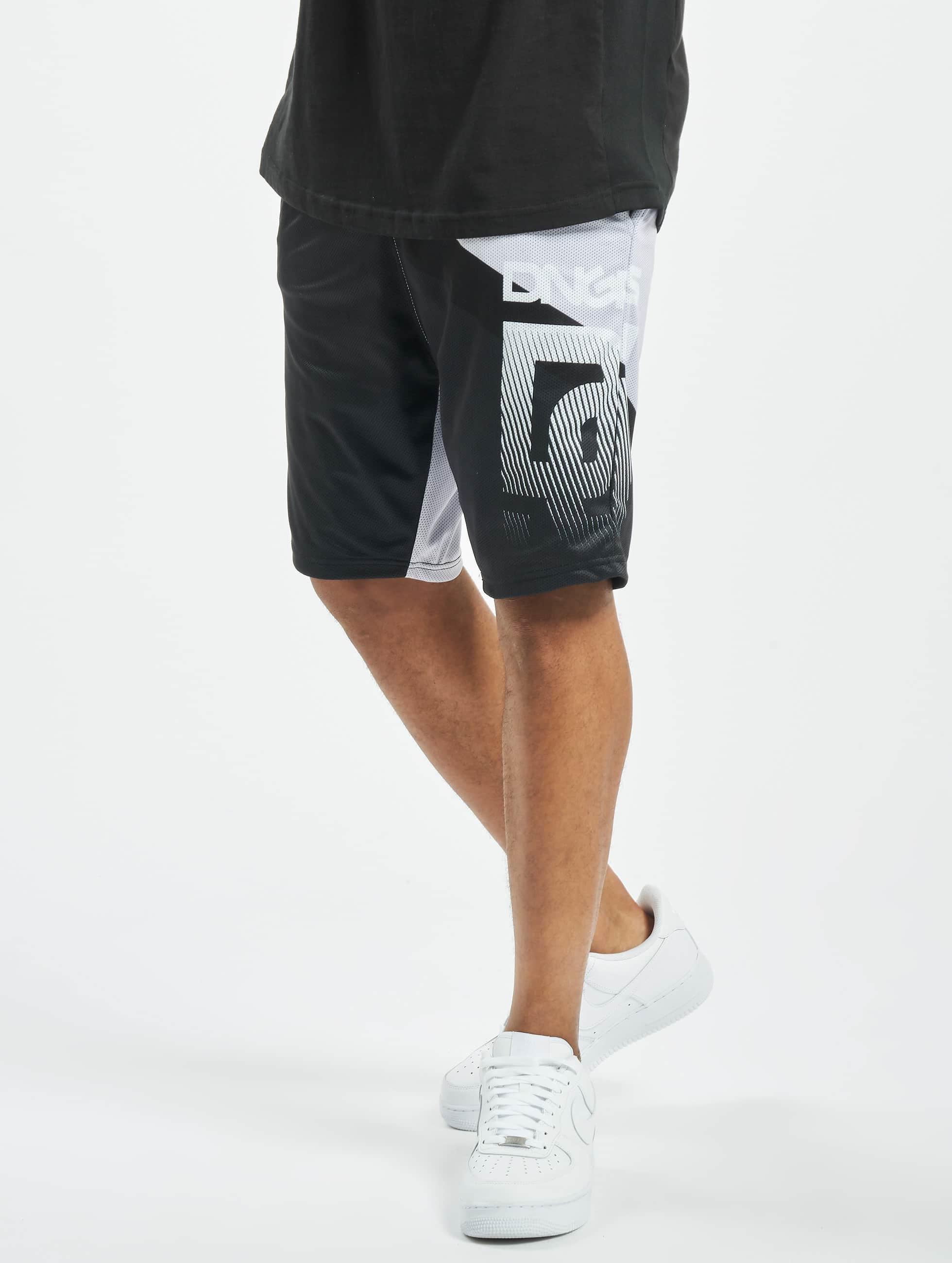 Dangerous DNGRS / Short Trick in grey XL