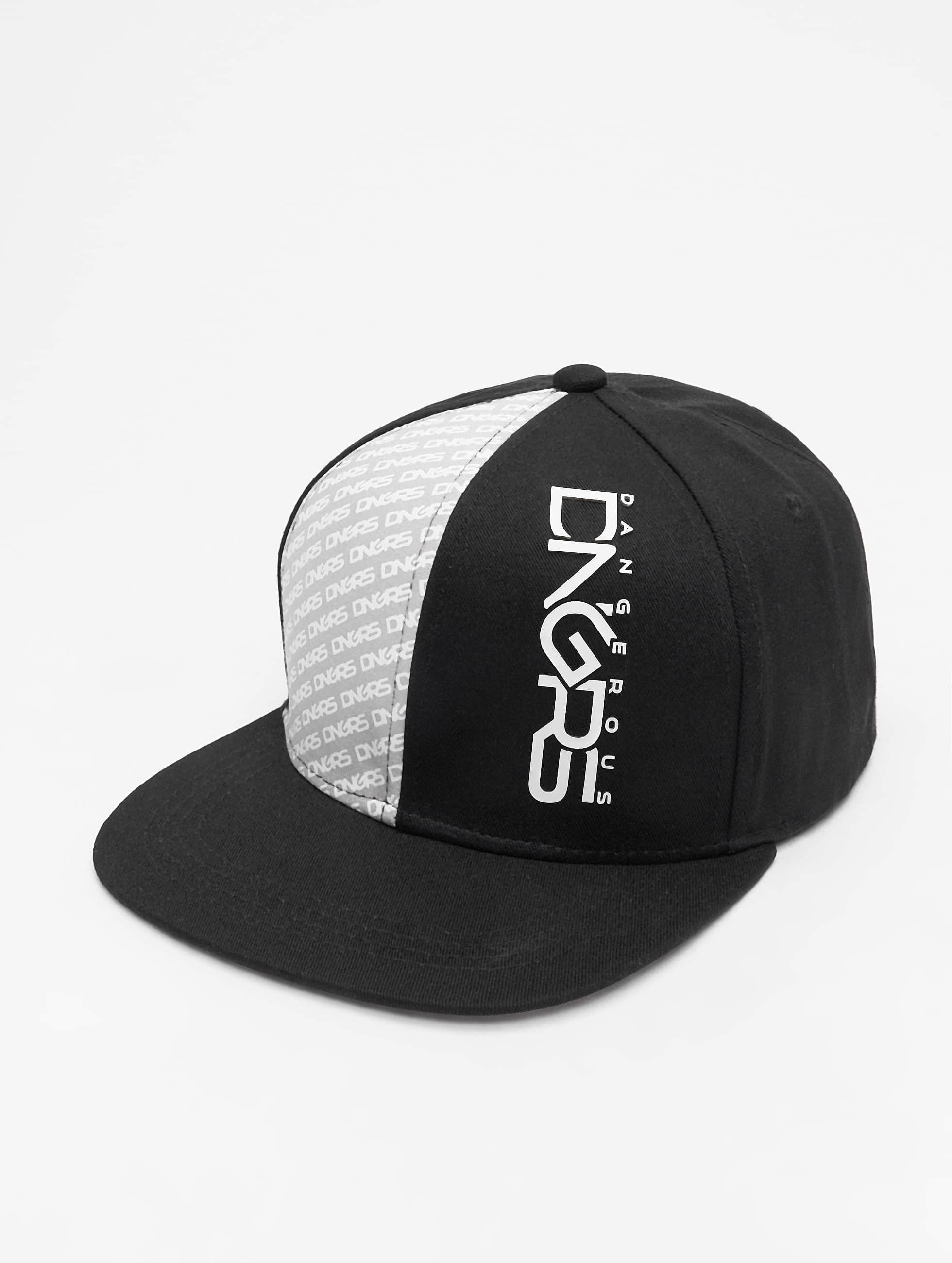 Dangerous DNGRS / Snapback Cap Tower in black Adjustable