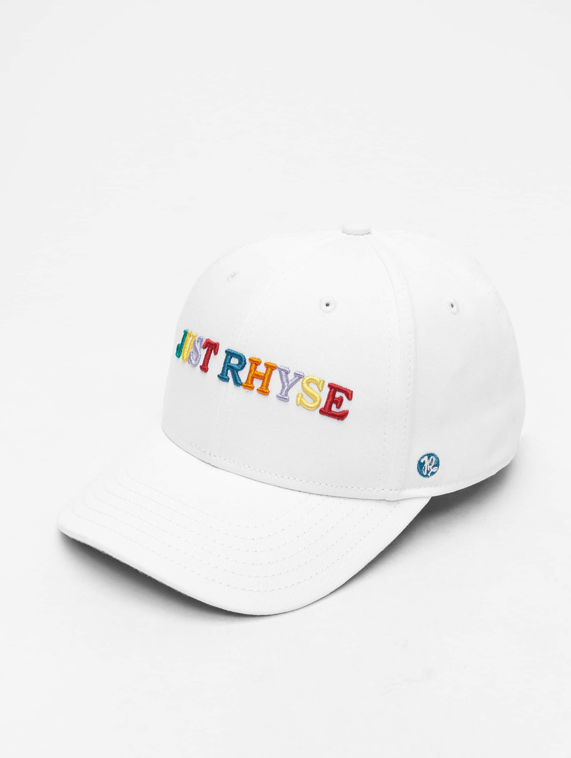 Just Rhyse / Fitted Cap Niceville in white Adjustable
