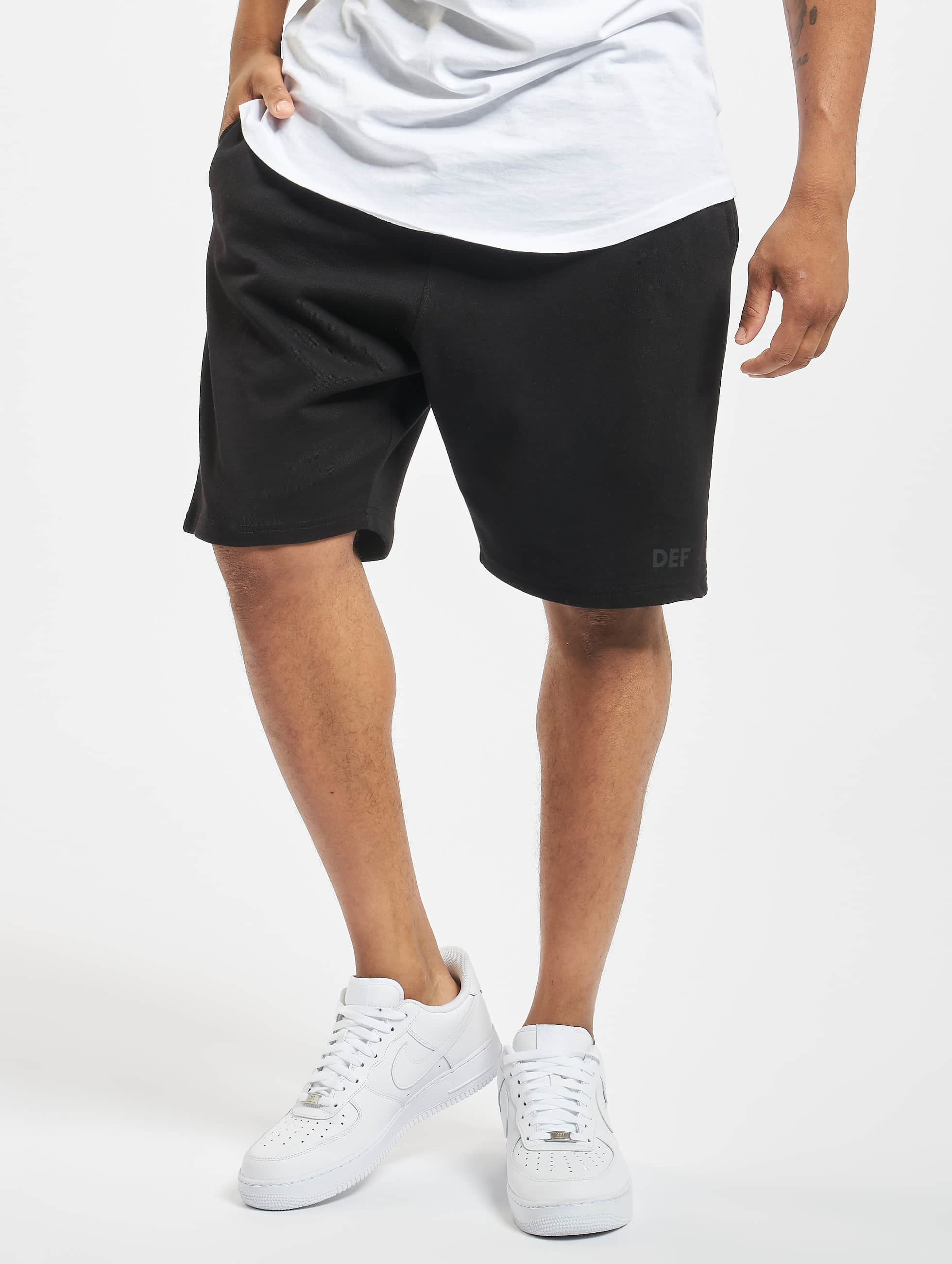 DEF / Short Bobi in black S