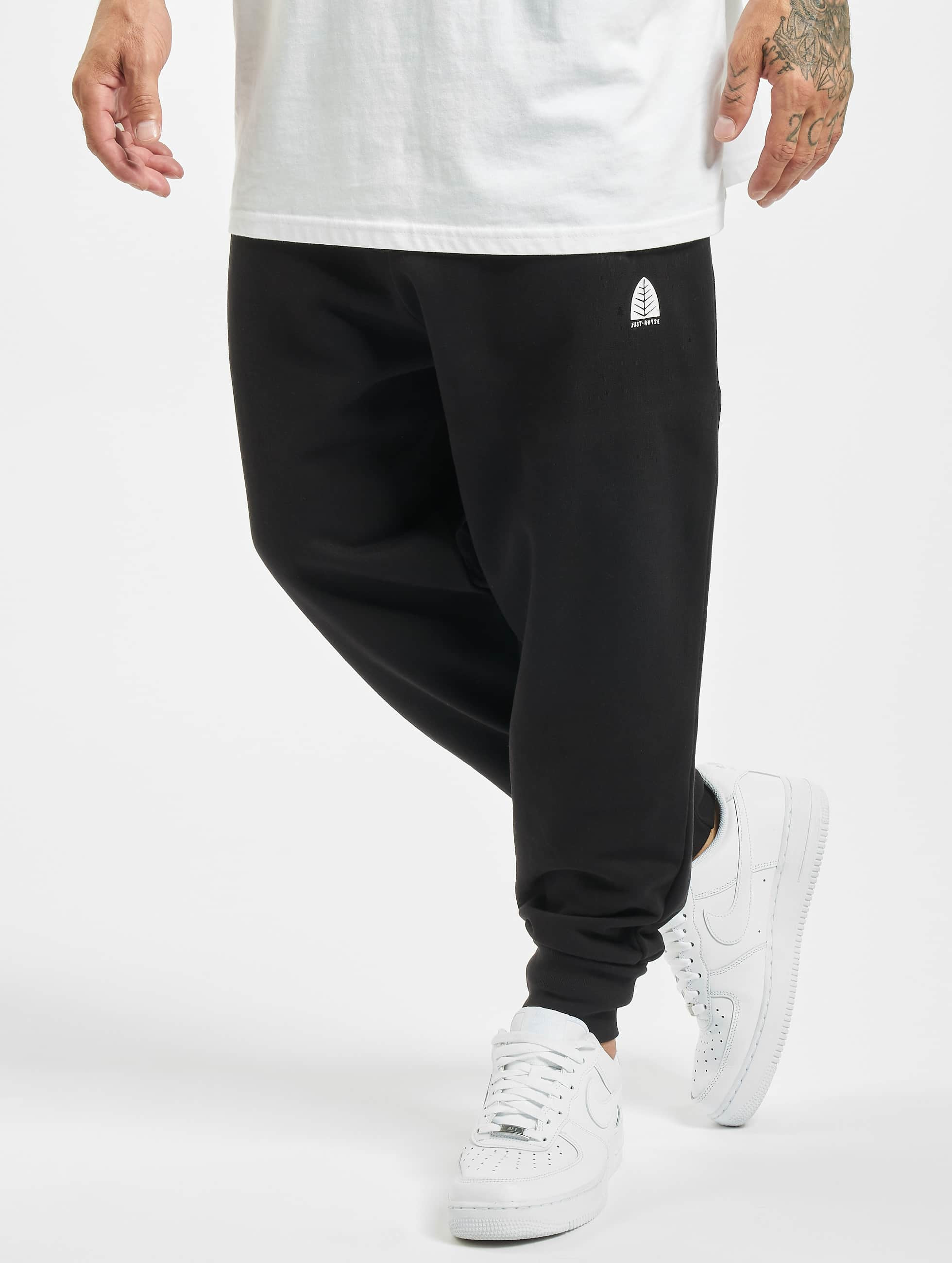 Just Rhyse / Sweat Pant Momo in black XL