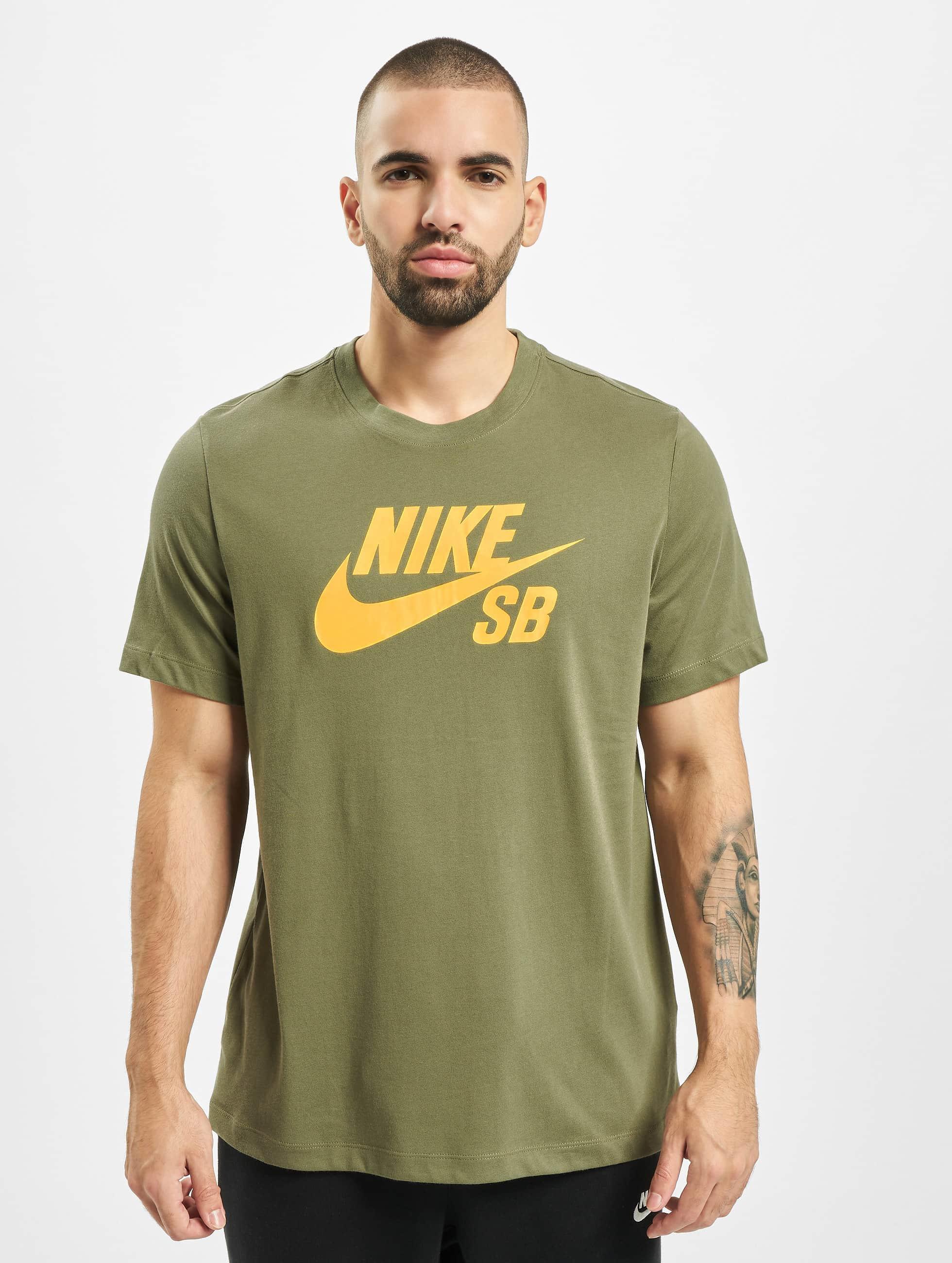Nike ALE t paidat netistä | Nyt jopa 60% | SPOT A SHOP