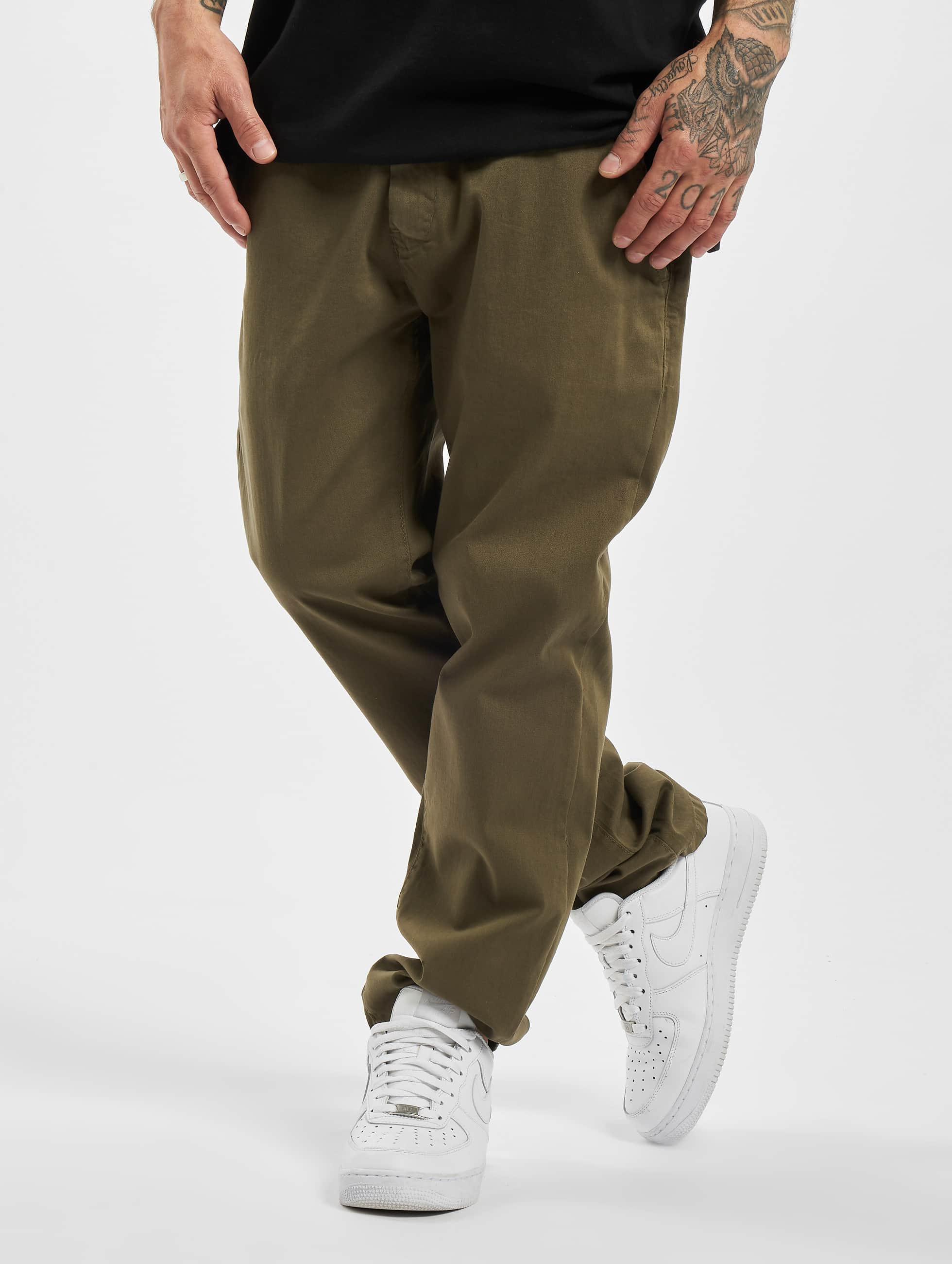 DEF / Chino Karl in olive XL  (L 34)