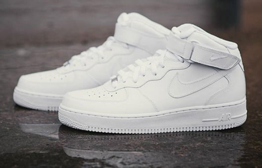 Air Force One Nike Grau