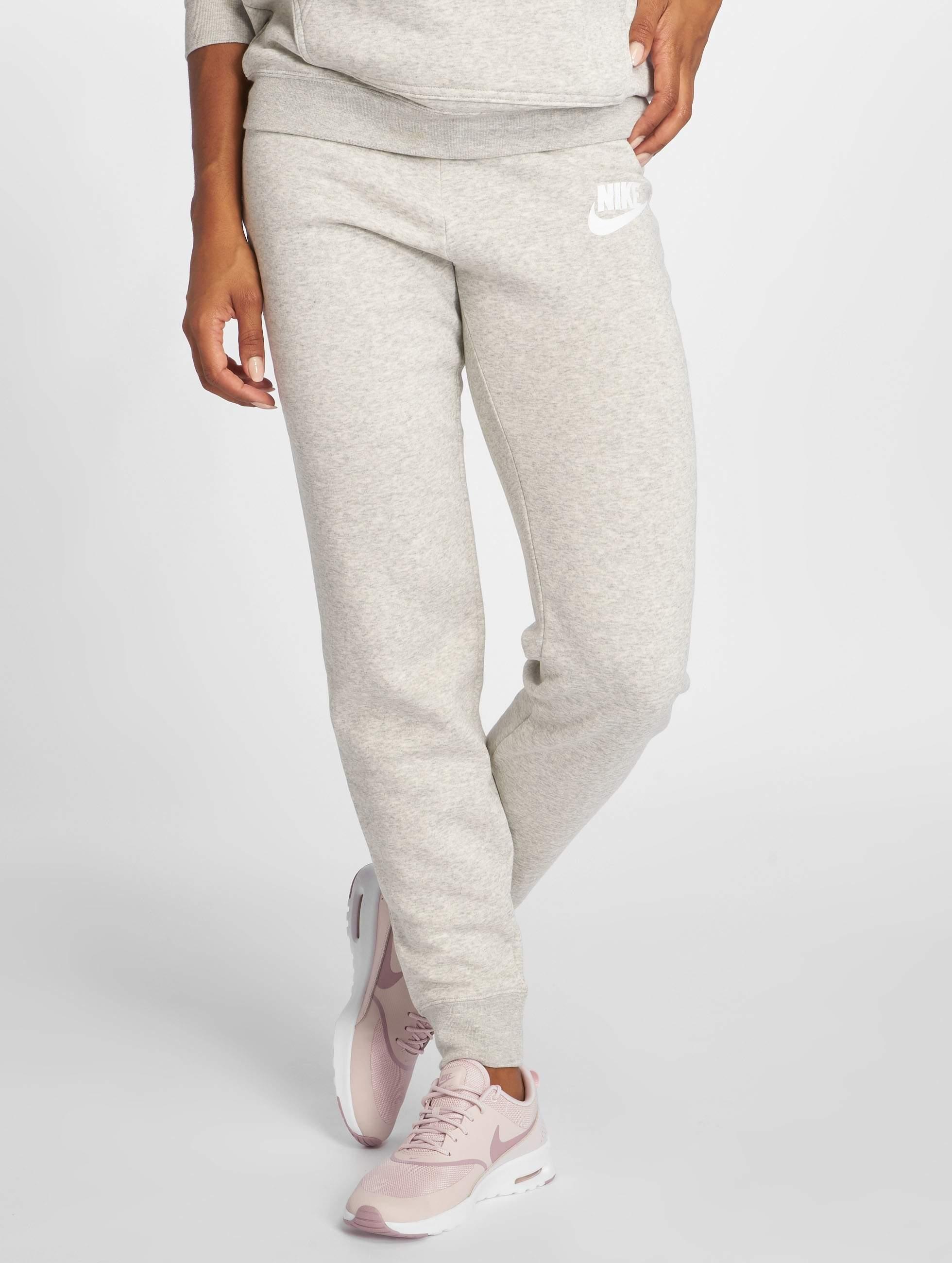 nike damen jogginghose sportswear in grau 466961. Black Bedroom Furniture Sets. Home Design Ideas