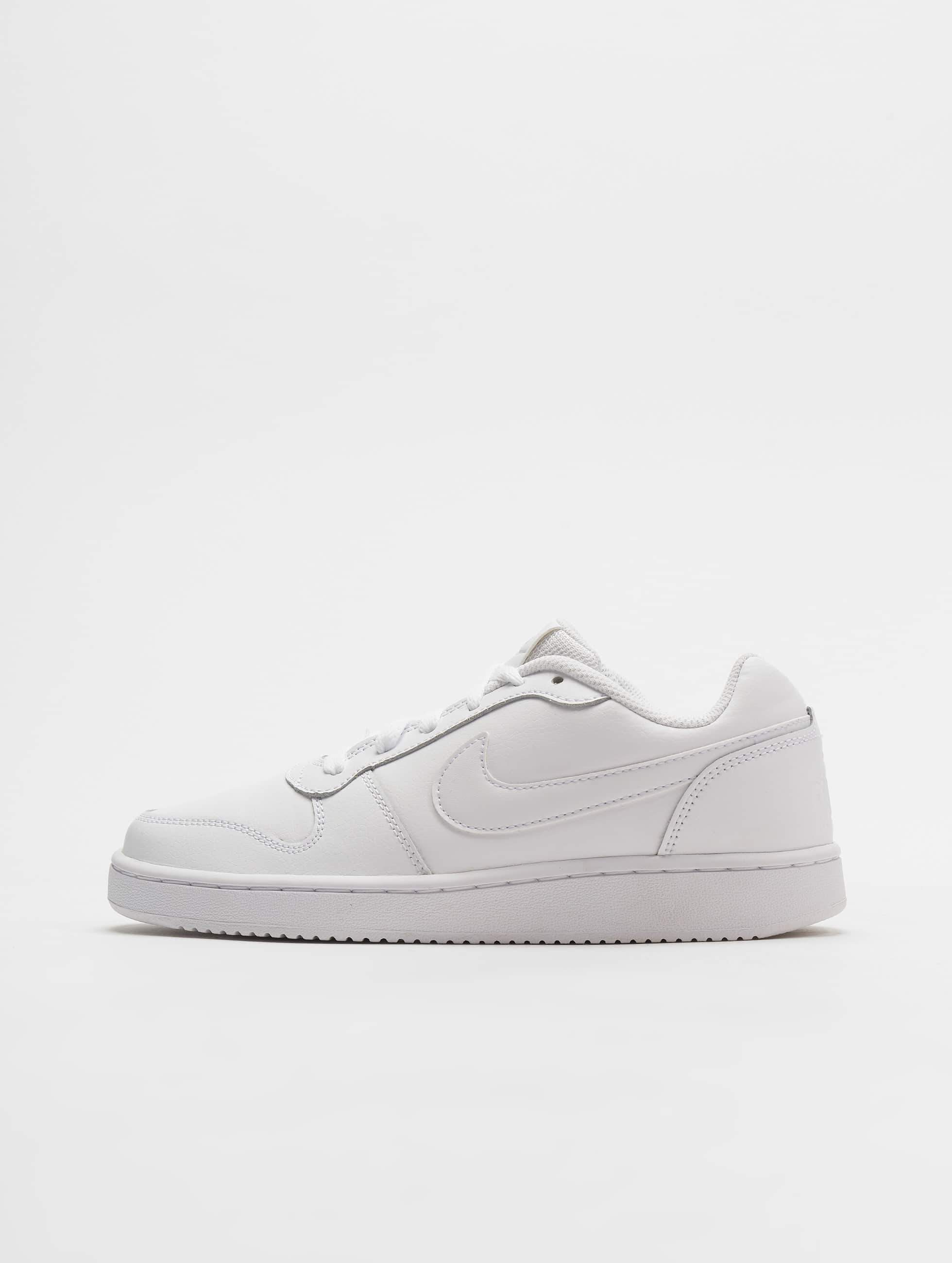 9abb92dcbec Nike schoen / sneaker Ebernon Low in wit 536963