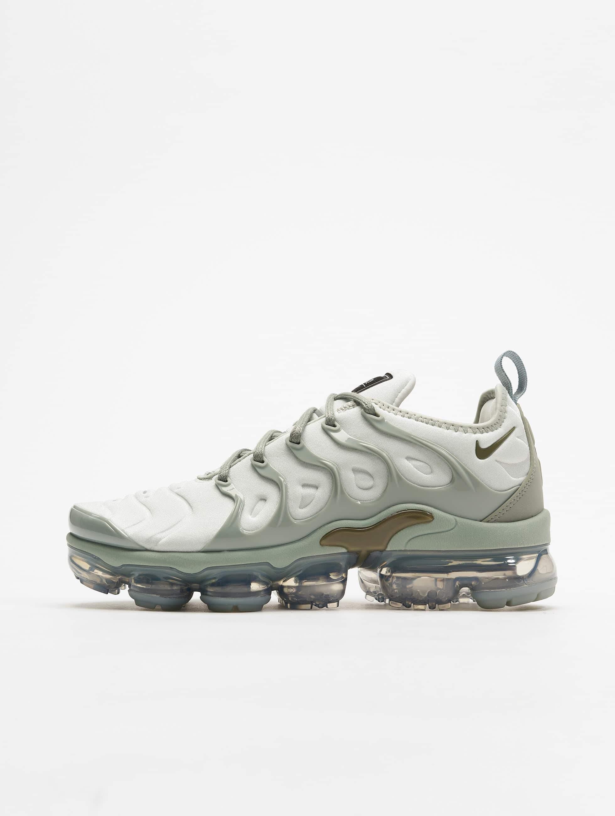Nike Air Vapormax Plus Sneakers Light SilvernMedium OliveMica Green