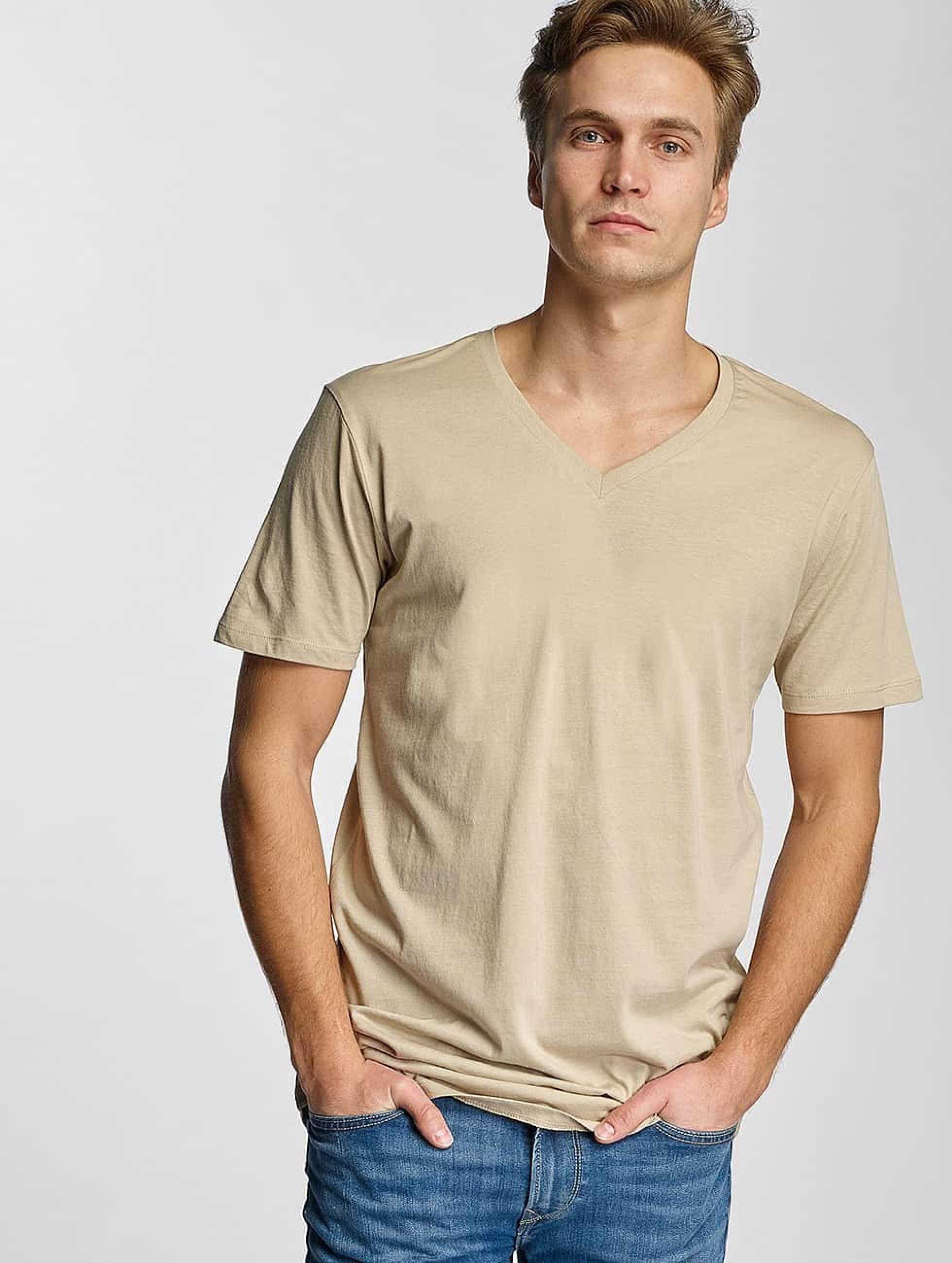 urban classics herren t shirt basic v neck in beige 305300. Black Bedroom Furniture Sets. Home Design Ideas