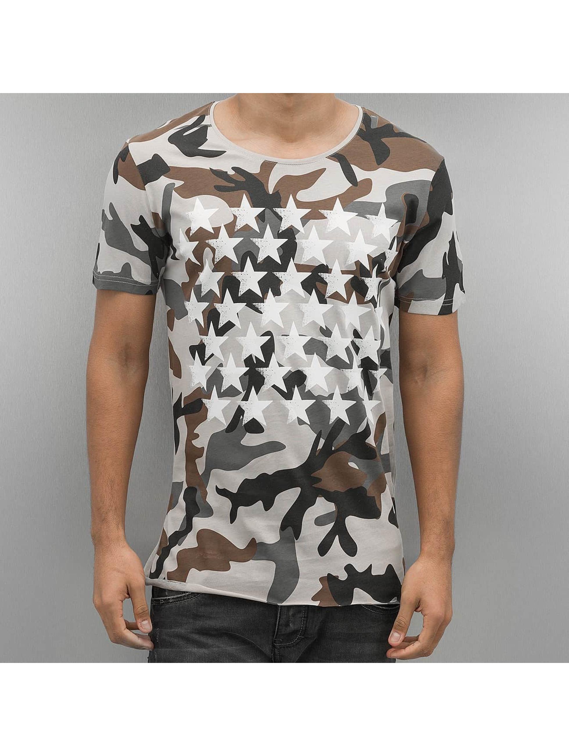 2Y T-skjorter Camo Stars beige