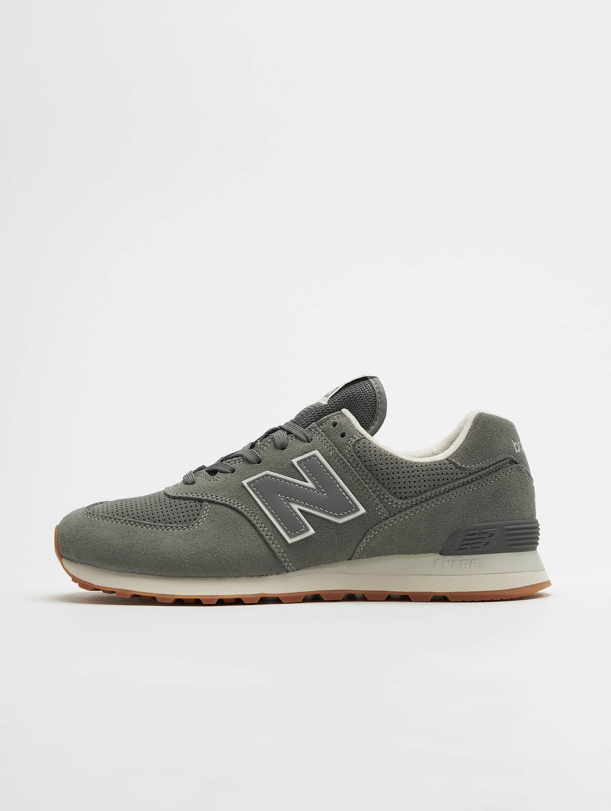 e1ee1d3bddd7b6 New Balance Herren Sneaker ML574 in grau 493332