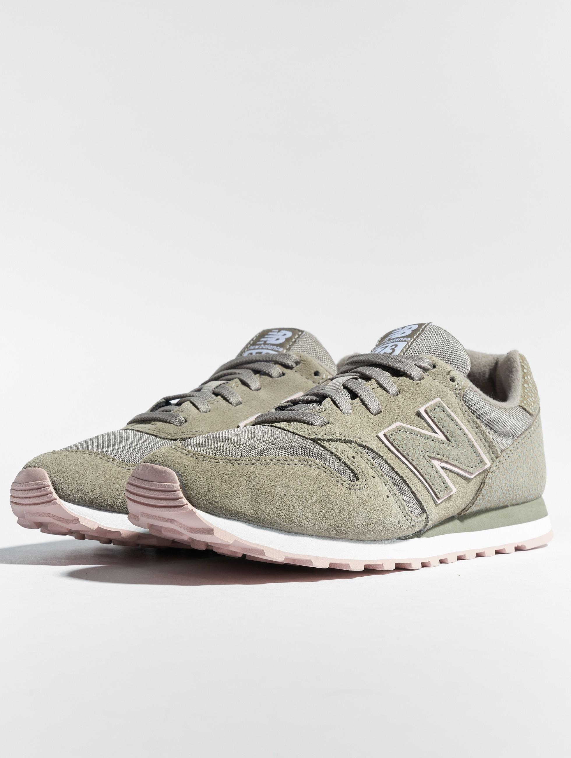 2b1fbcf562b New Balance schoen / sneaker WL373 in groen 493622