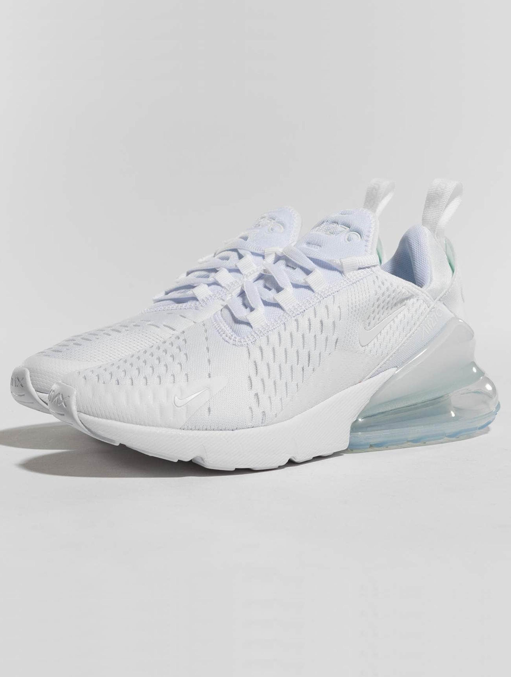 396f5f55418 Nike