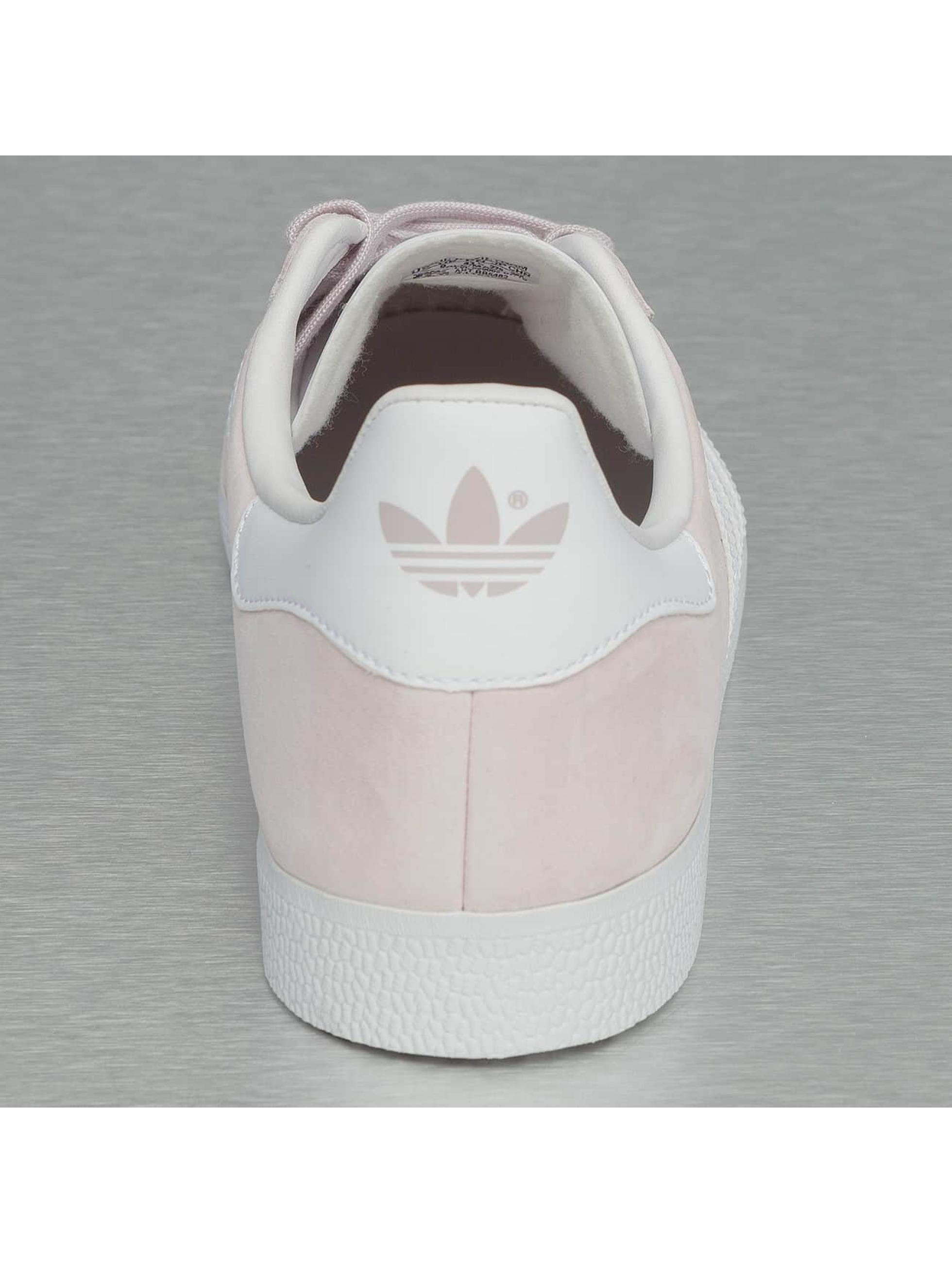adidas Сникеры Gazelle пурпурный