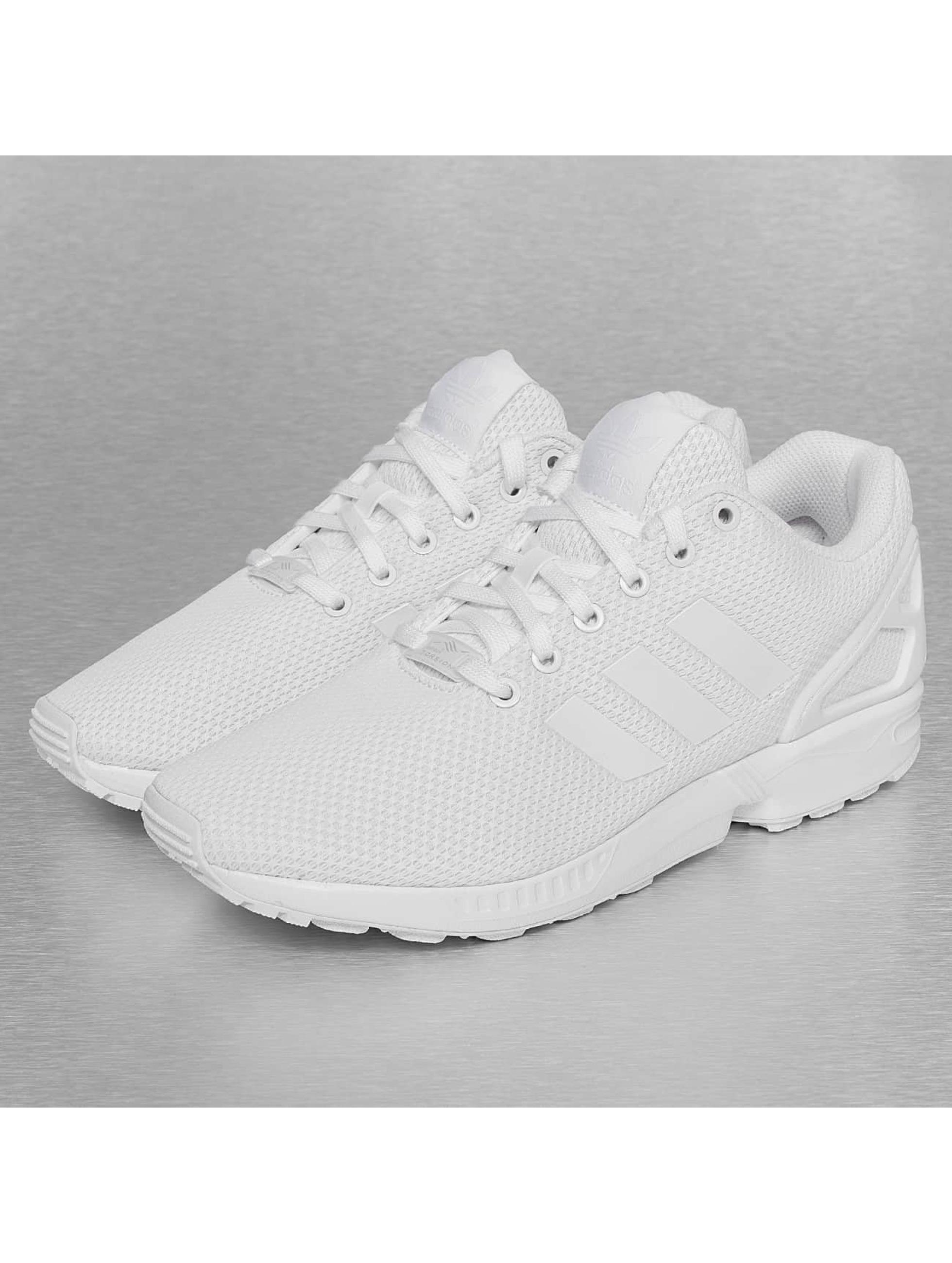 adidas Chaussures / Baskets ZX Flux en blanc