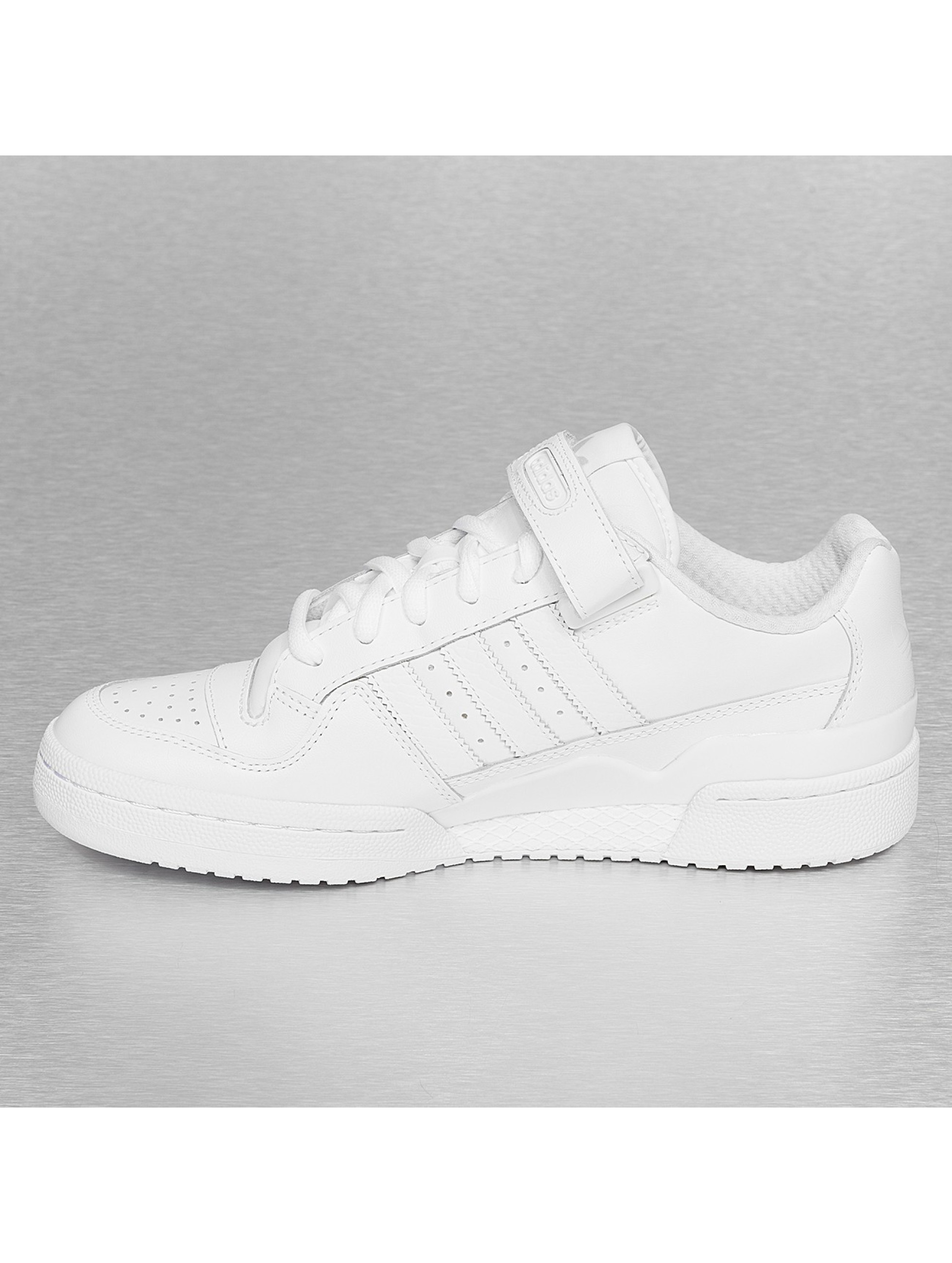 buy online cb83d 631fa adidas forum lo rs white