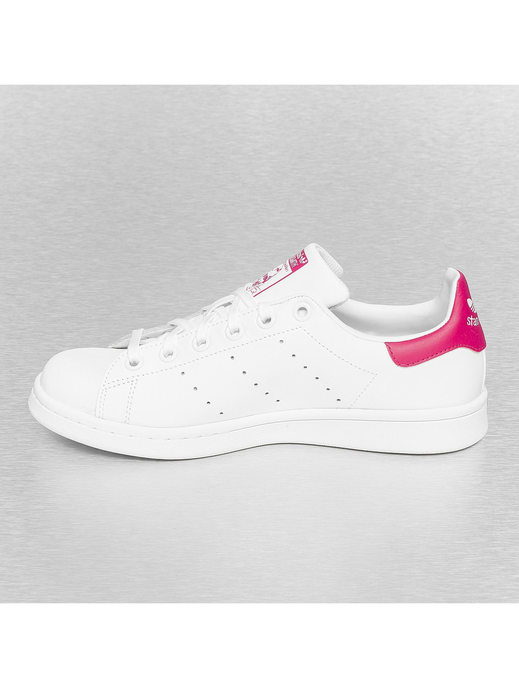 adidas stan smith blanc femme baskets adidas acheter pas cher chaussures 187035. Black Bedroom Furniture Sets. Home Design Ideas