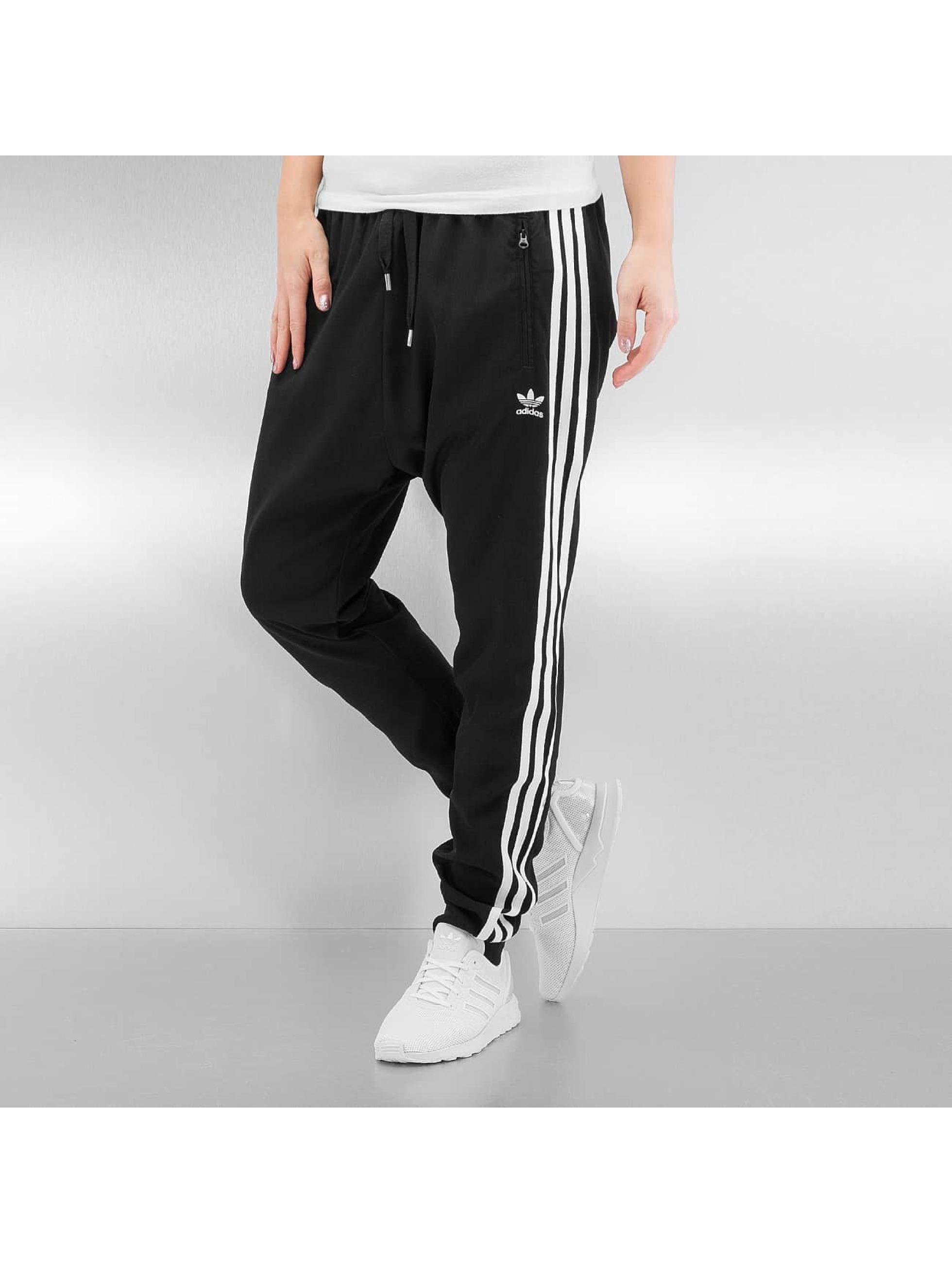 Jogginghose Low Crotch in schwarz