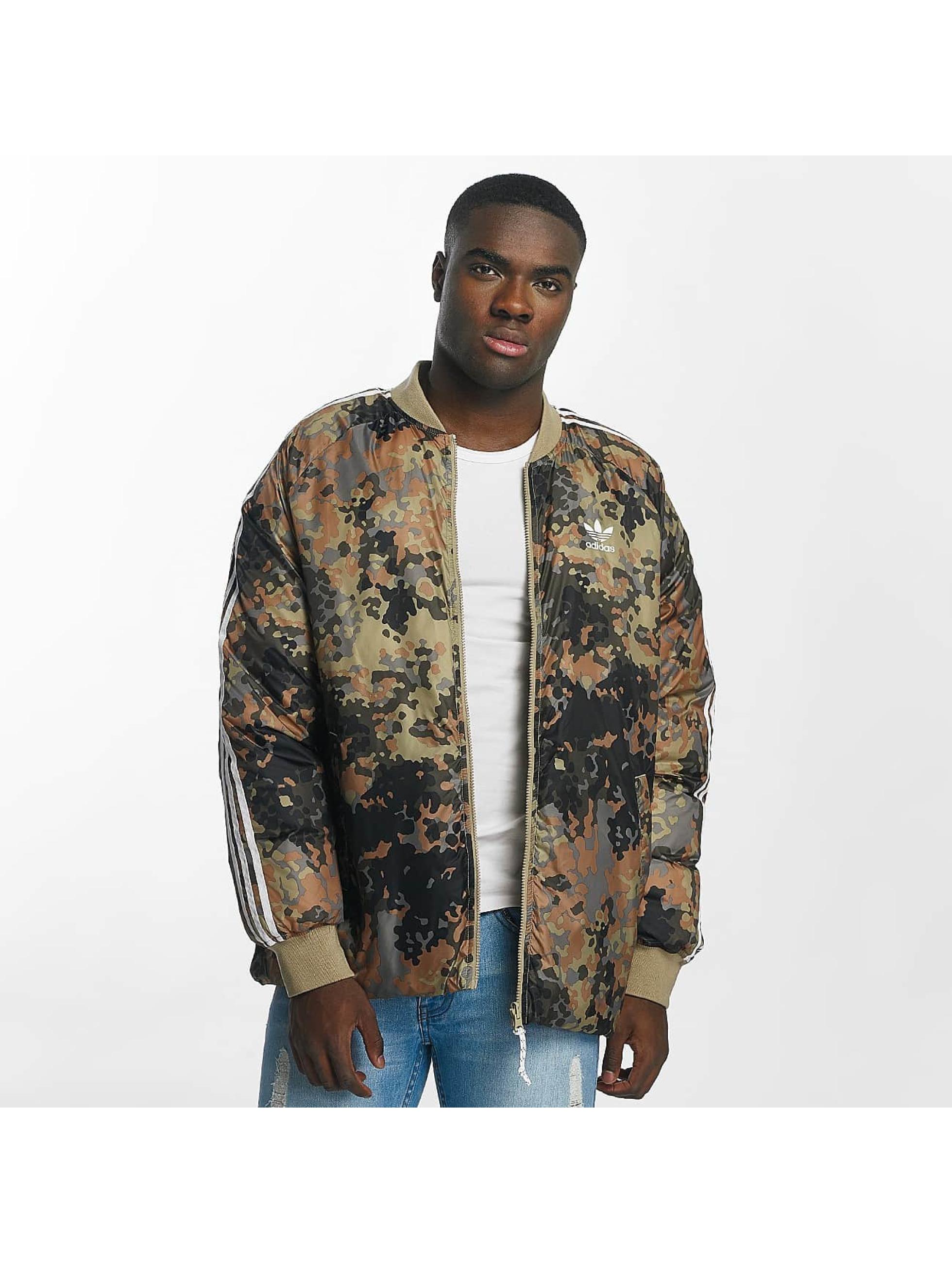 adidas sst winter camouflage homme manteau hiver adidas acheter pas cher manteau veste 369406. Black Bedroom Furniture Sets. Home Design Ideas