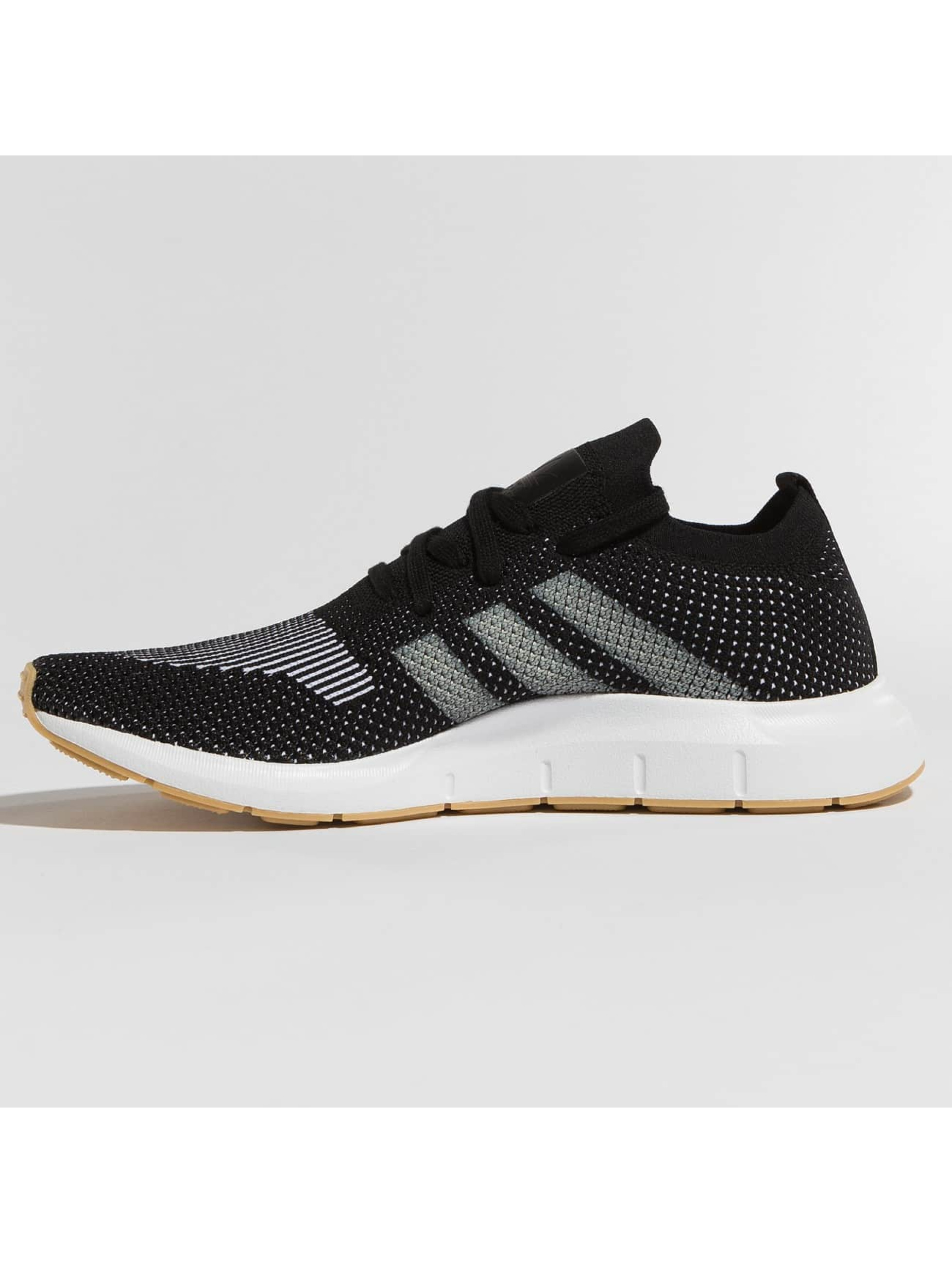 adidas originals Сникеры Swift Run PK черный