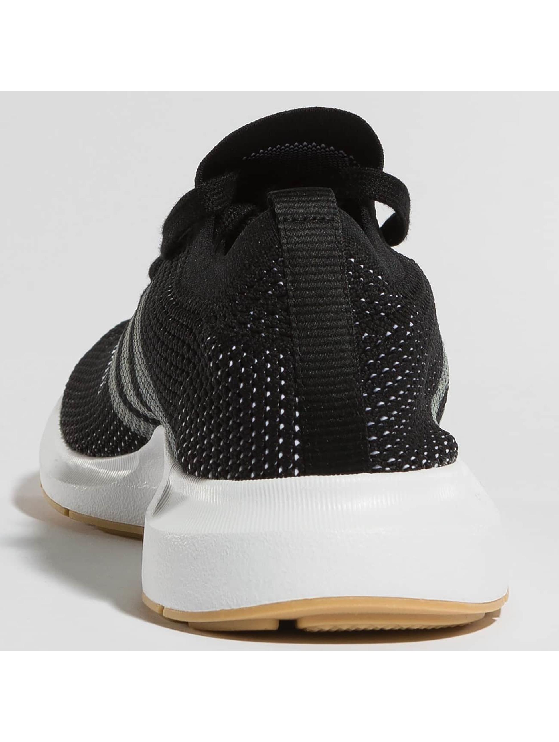 adidas originals Сникеры Swift Run PK черный