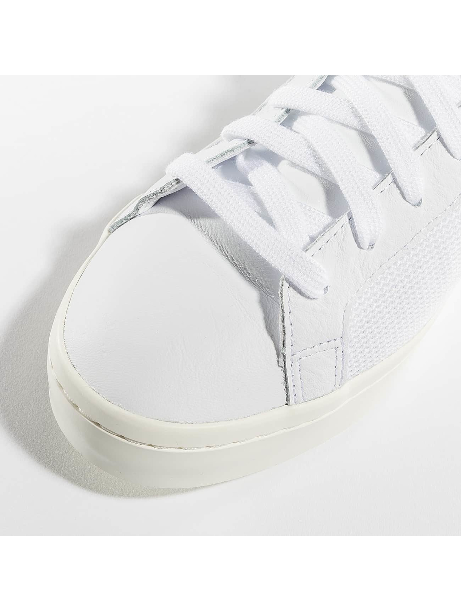 adidas originals Baskets Courtvantage blanc