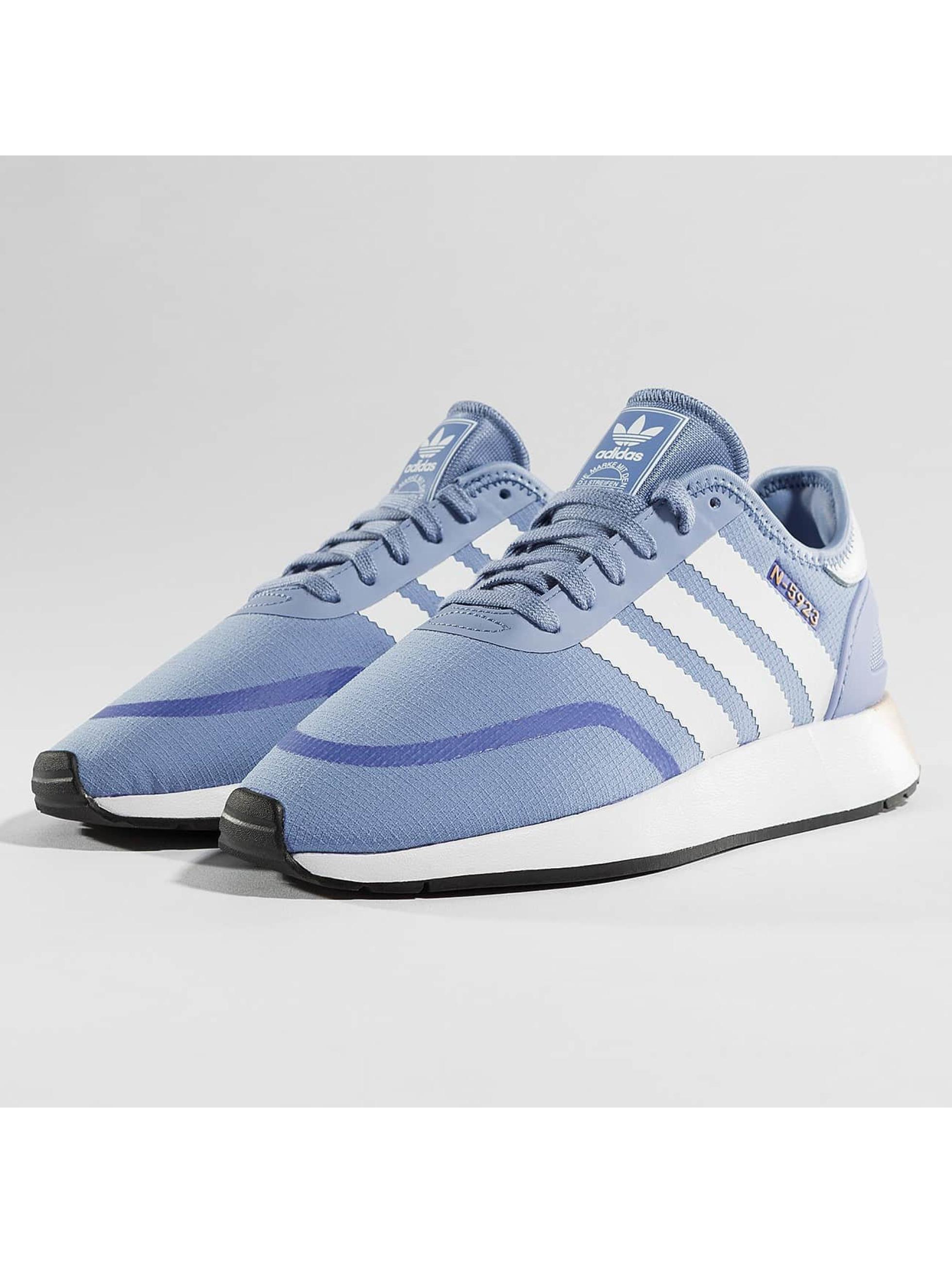 adidas originals iniki runner cls w bleu femme baskets 396958. Black Bedroom Furniture Sets. Home Design Ideas