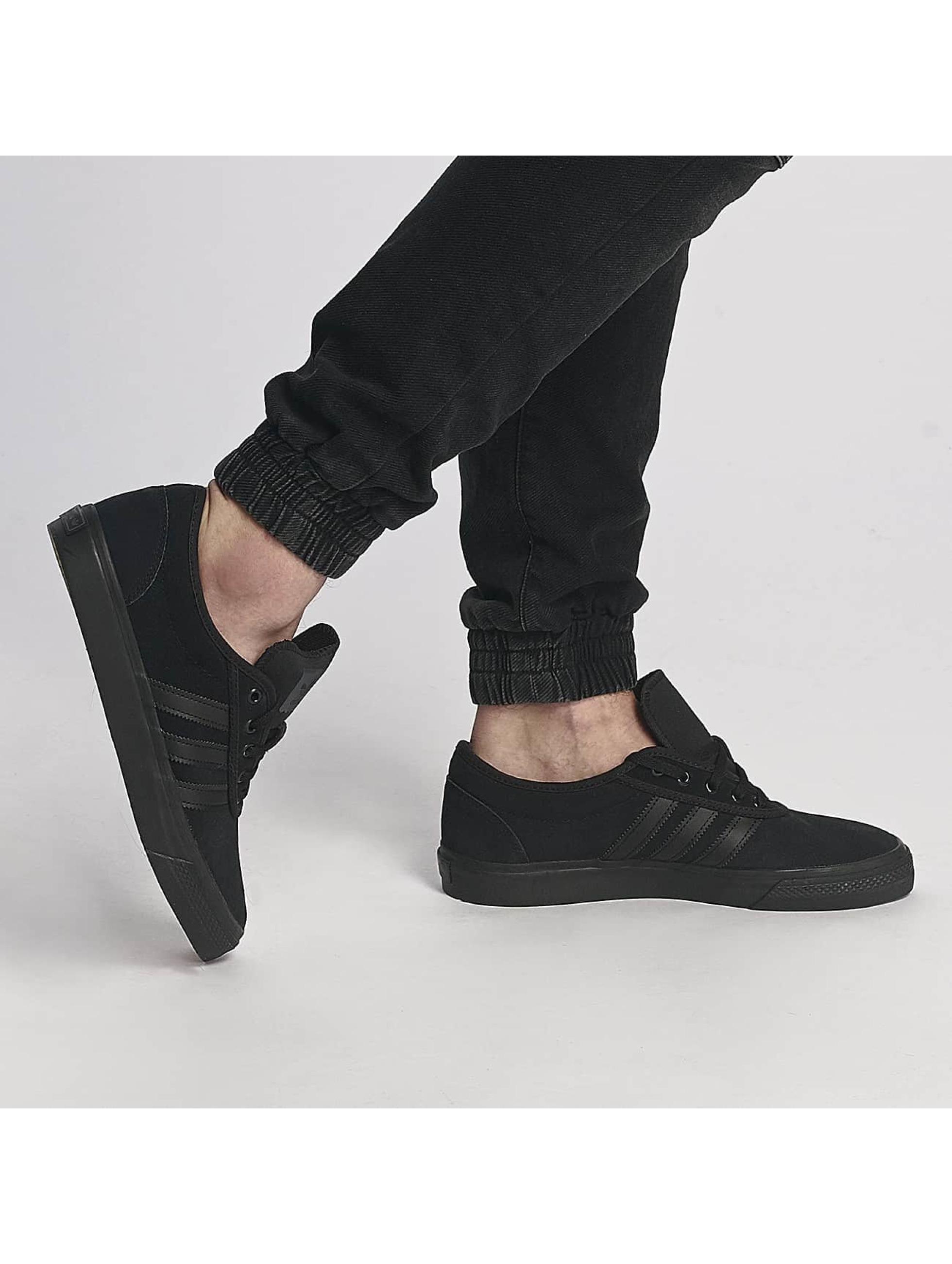 adidas originals Baskets Adi-Ease Sneakers Core noir