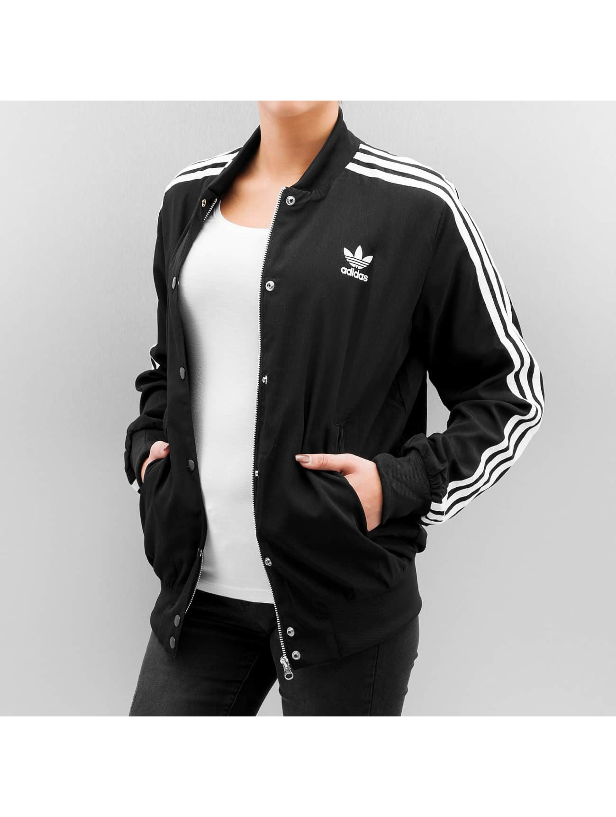adidas originals 3 stripes noir femme bomber 302590. Black Bedroom Furniture Sets. Home Design Ideas
