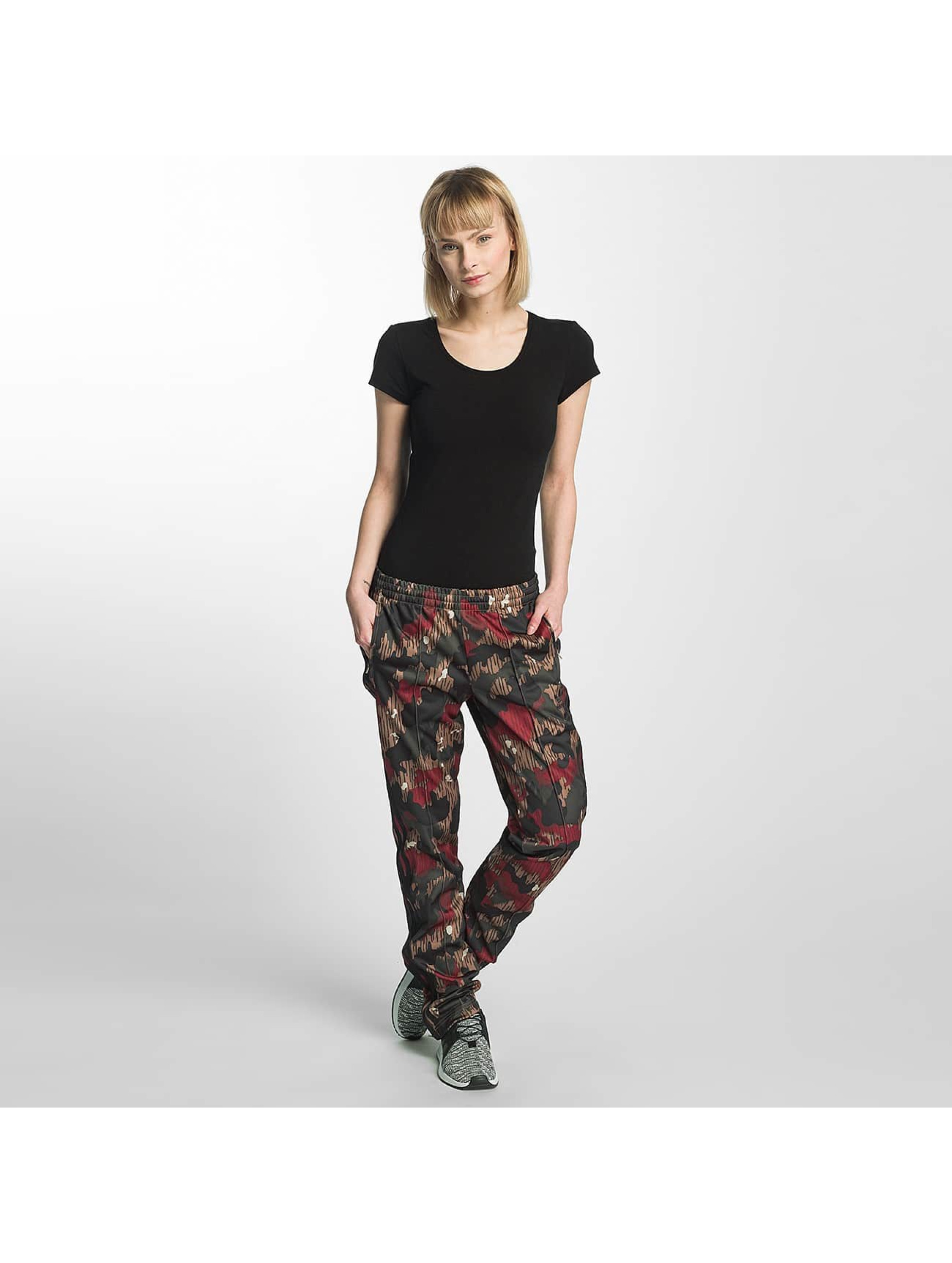 adidas originals damen jogginghose pw hiking fb pants in. Black Bedroom Furniture Sets. Home Design Ideas
