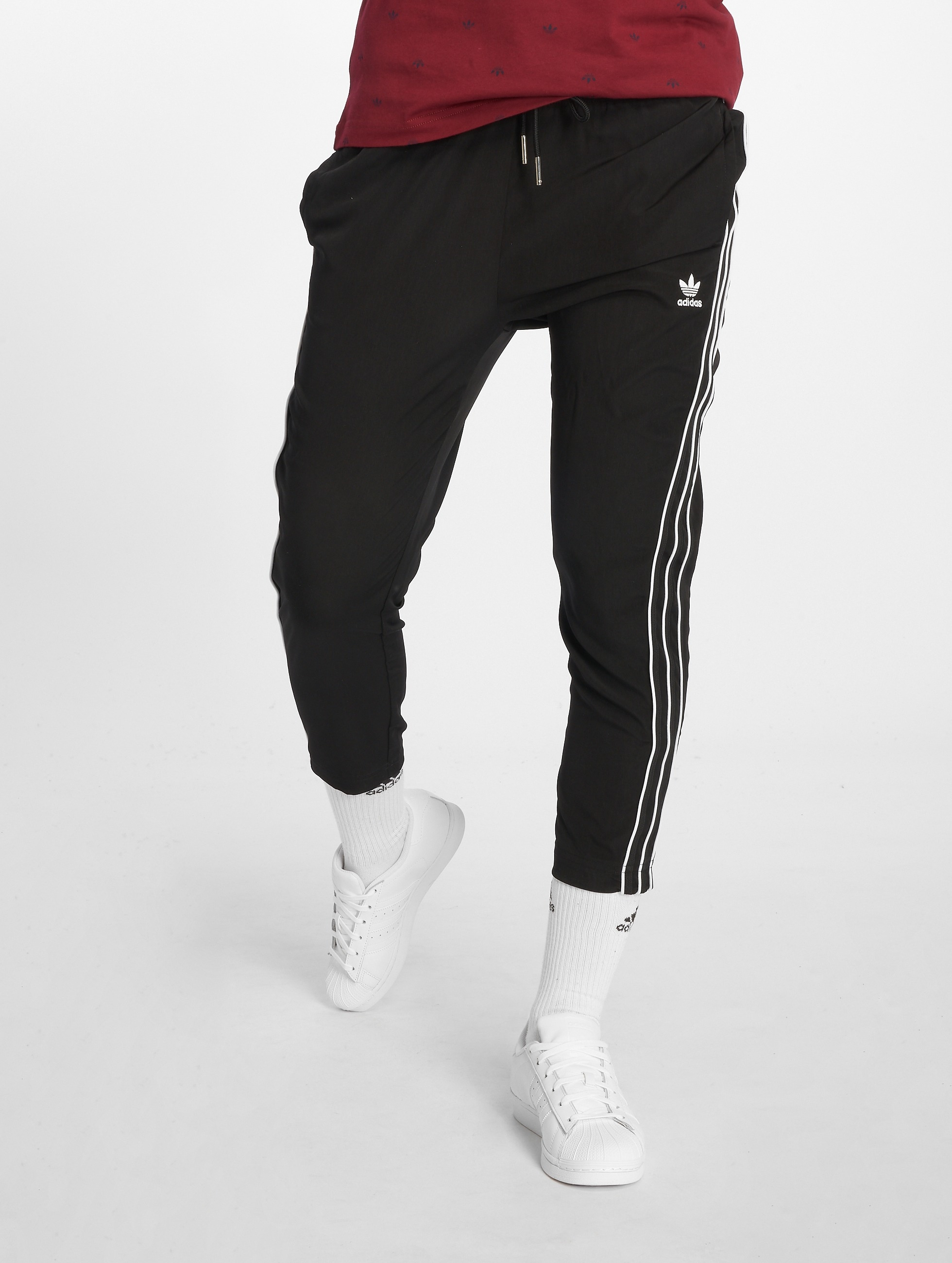 2f865ea6ef5623 adidas originals Damen Jogginghose SC Sweat in schwarz 582360