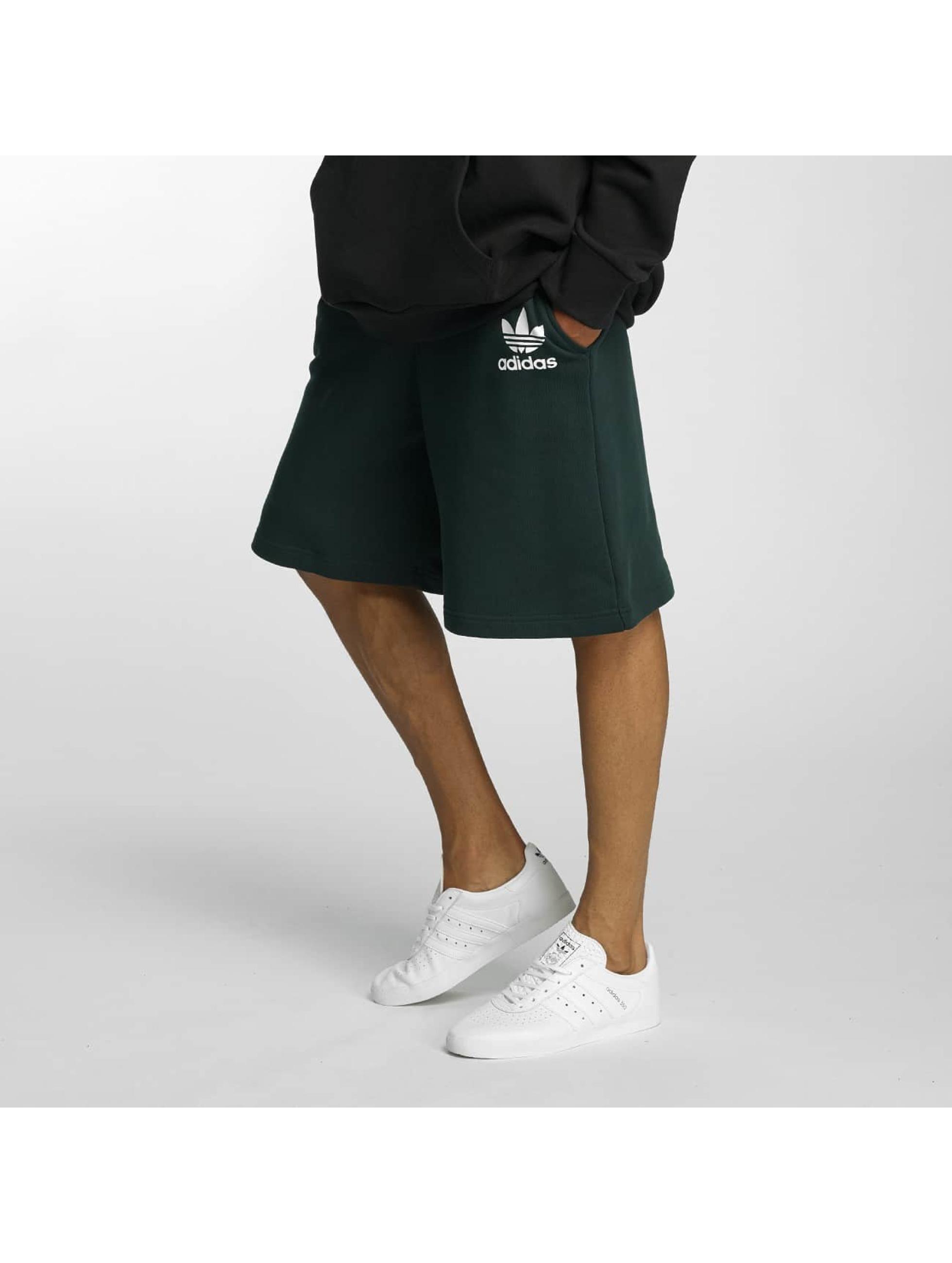 adidas originals Short ADC F vert