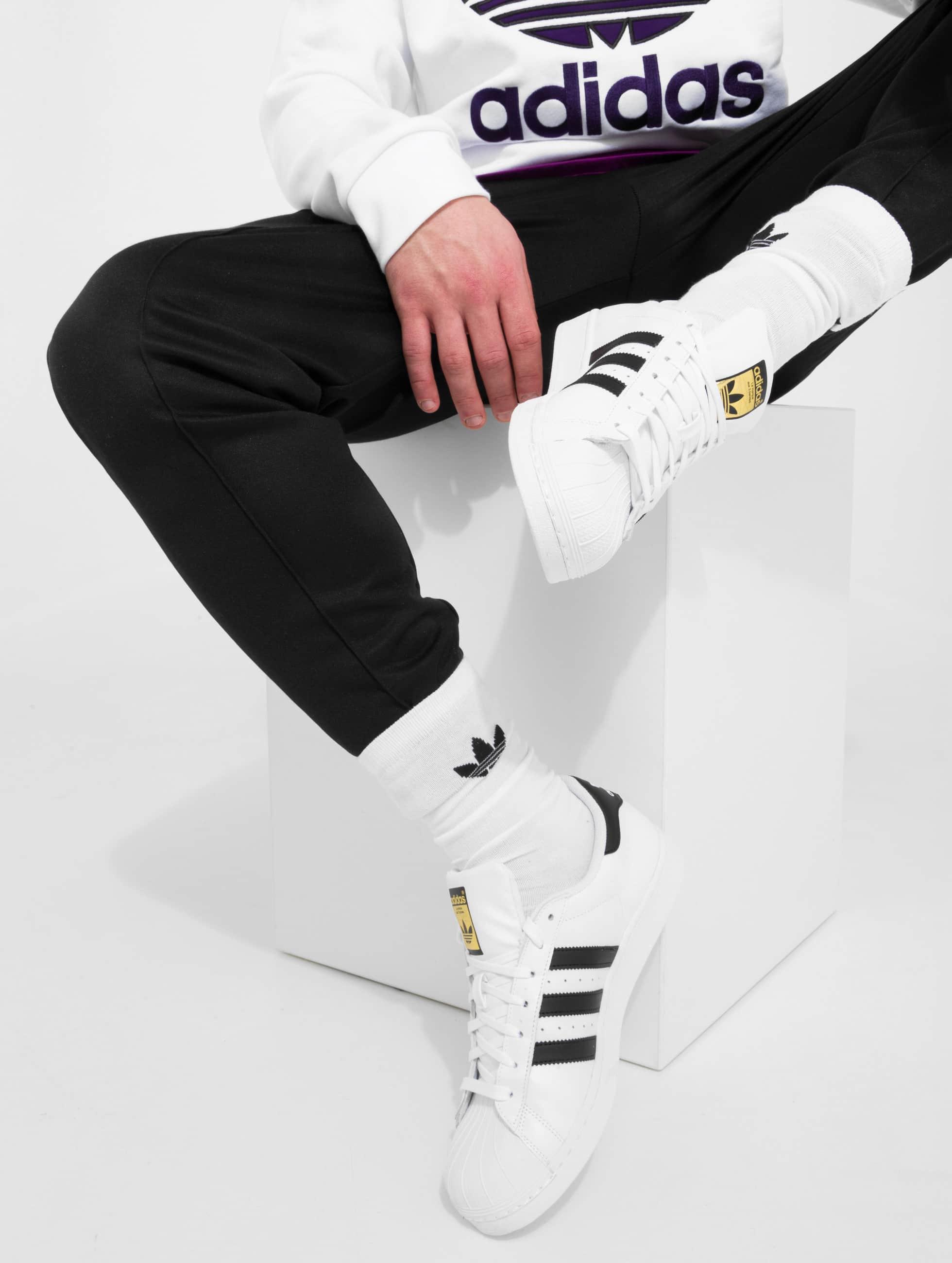adidas originals sneaker superstar in wei 154077. Black Bedroom Furniture Sets. Home Design Ideas