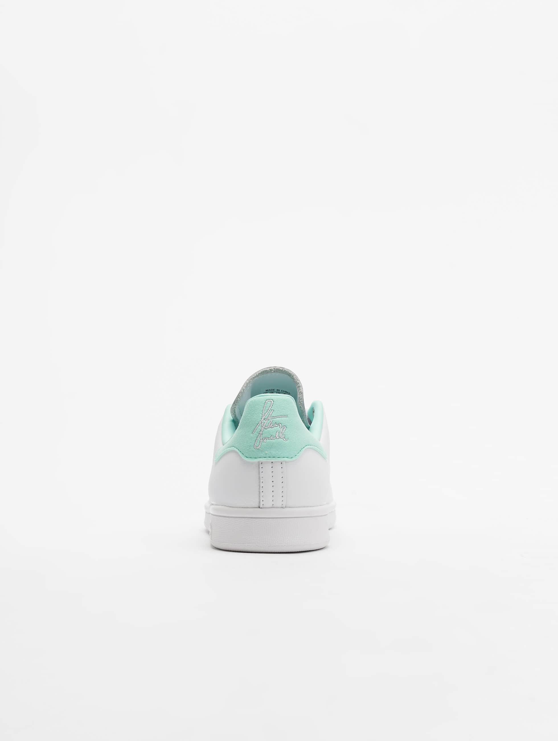 newest 4646d f90d4 adidas-originals-sneakers-biela-674053  4.jpg