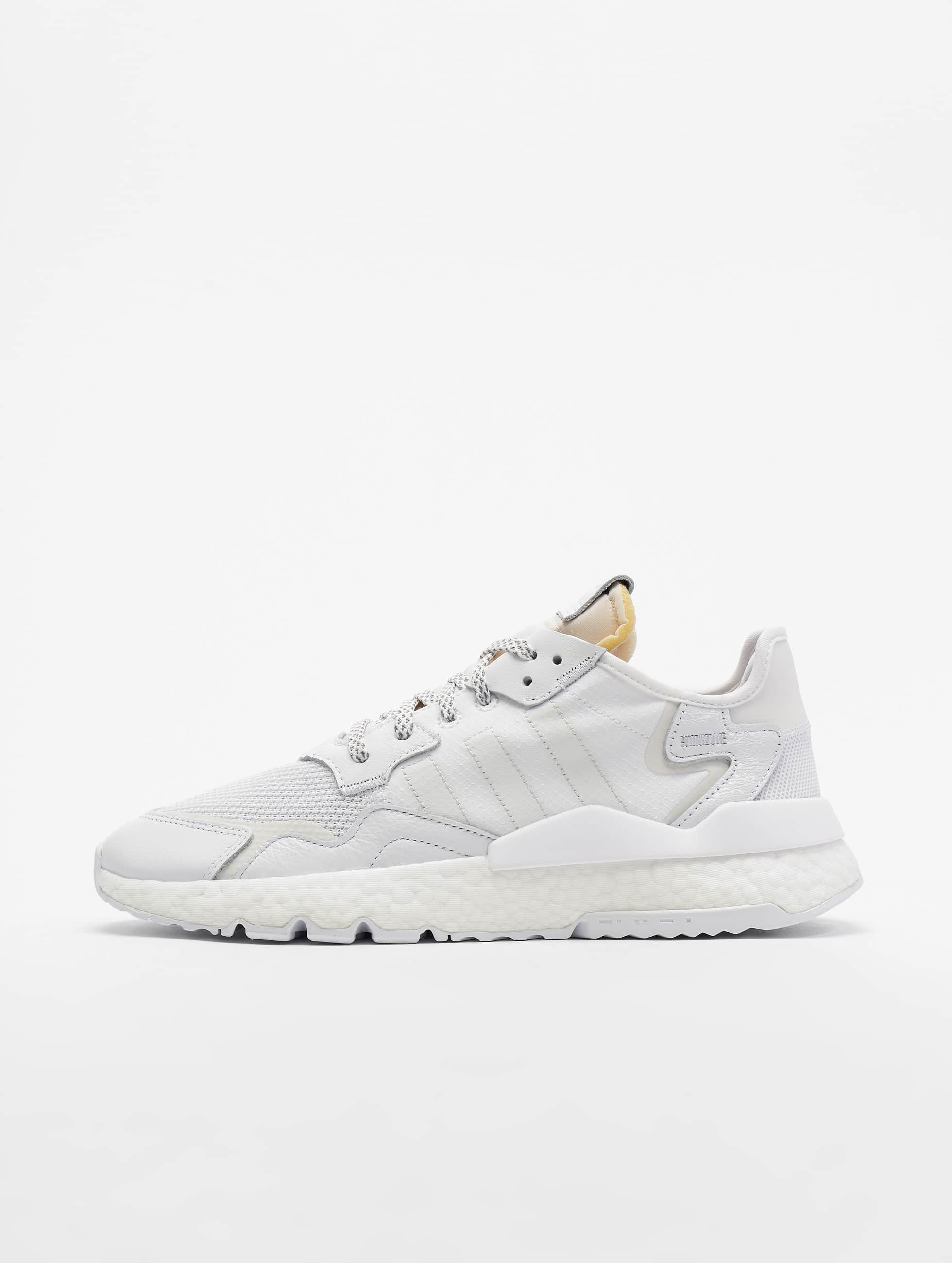 adidas Originals A.R. Trainer Off White, FTW White & Real Purple